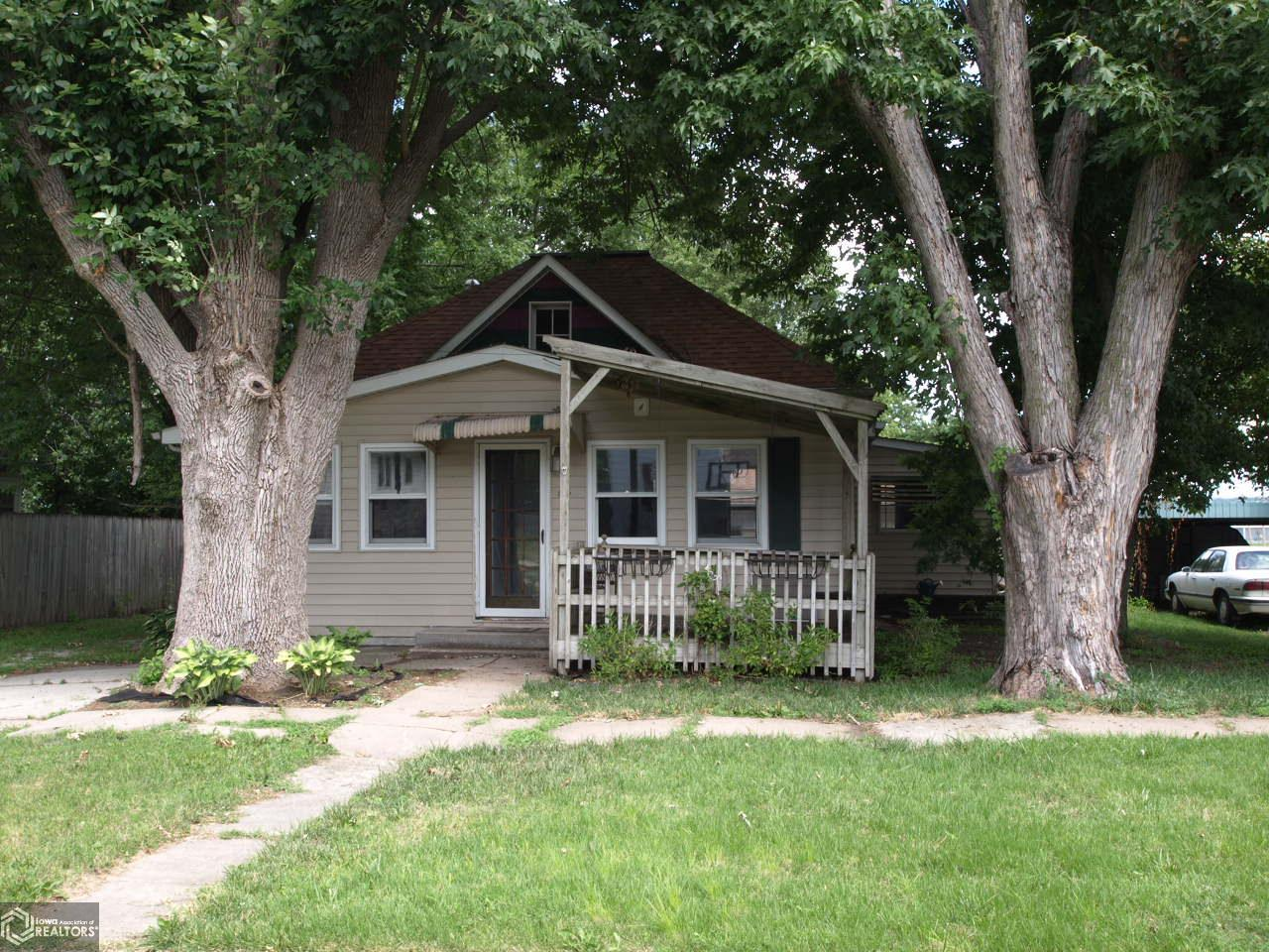 615 10th Street Property Photo - Clarinda, IA real estate listing