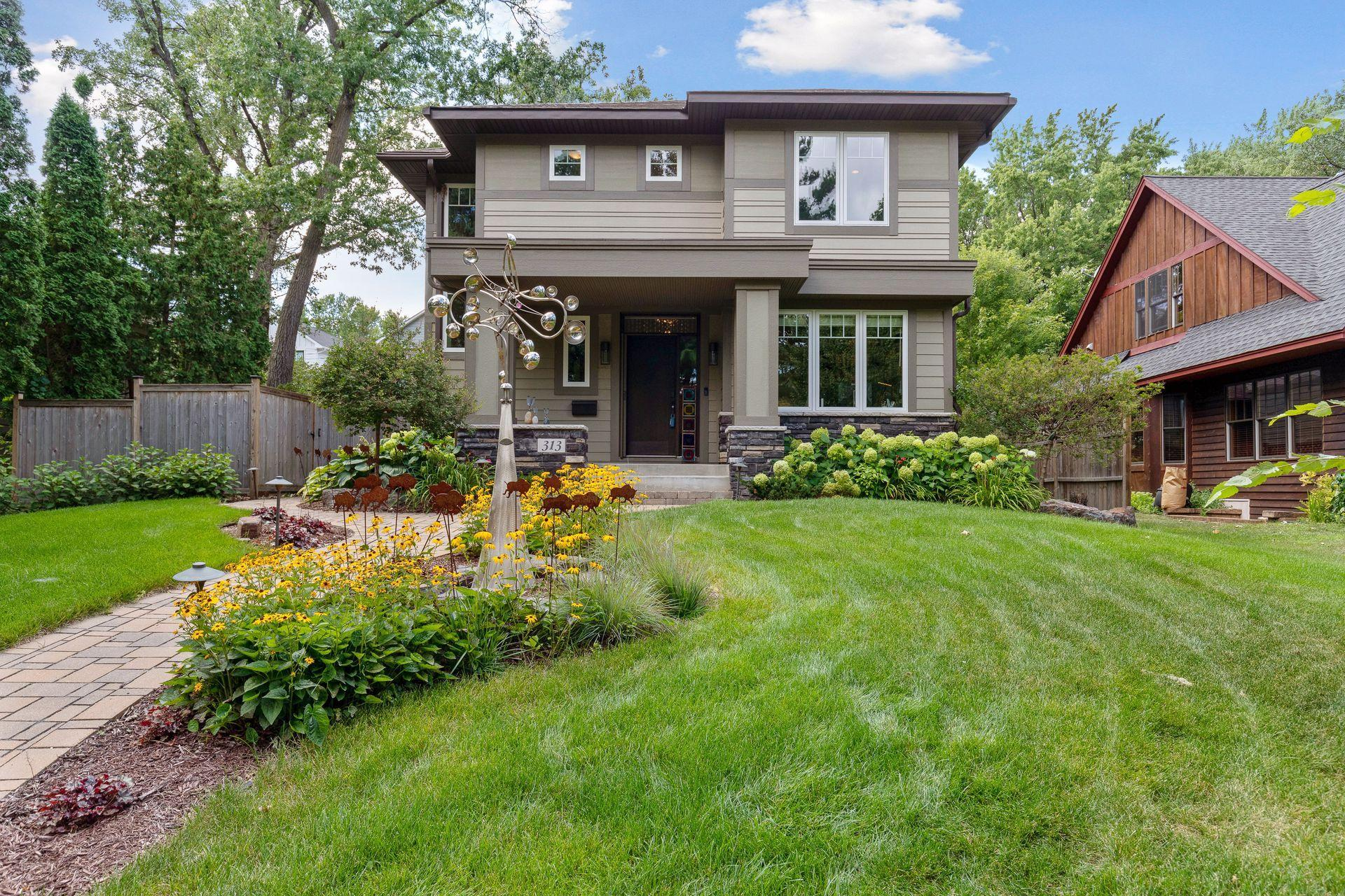 313 Sunnyridge Lane Property Photo - Golden Valley, MN real estate listing