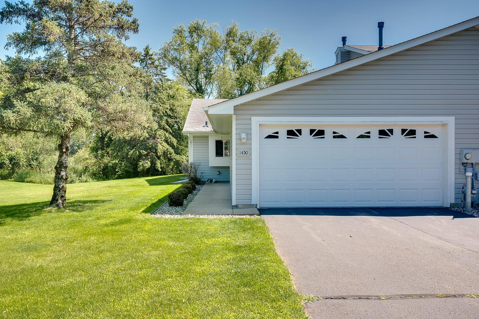 Anoka Meadows 3rd Add Real Estate Listings Main Image