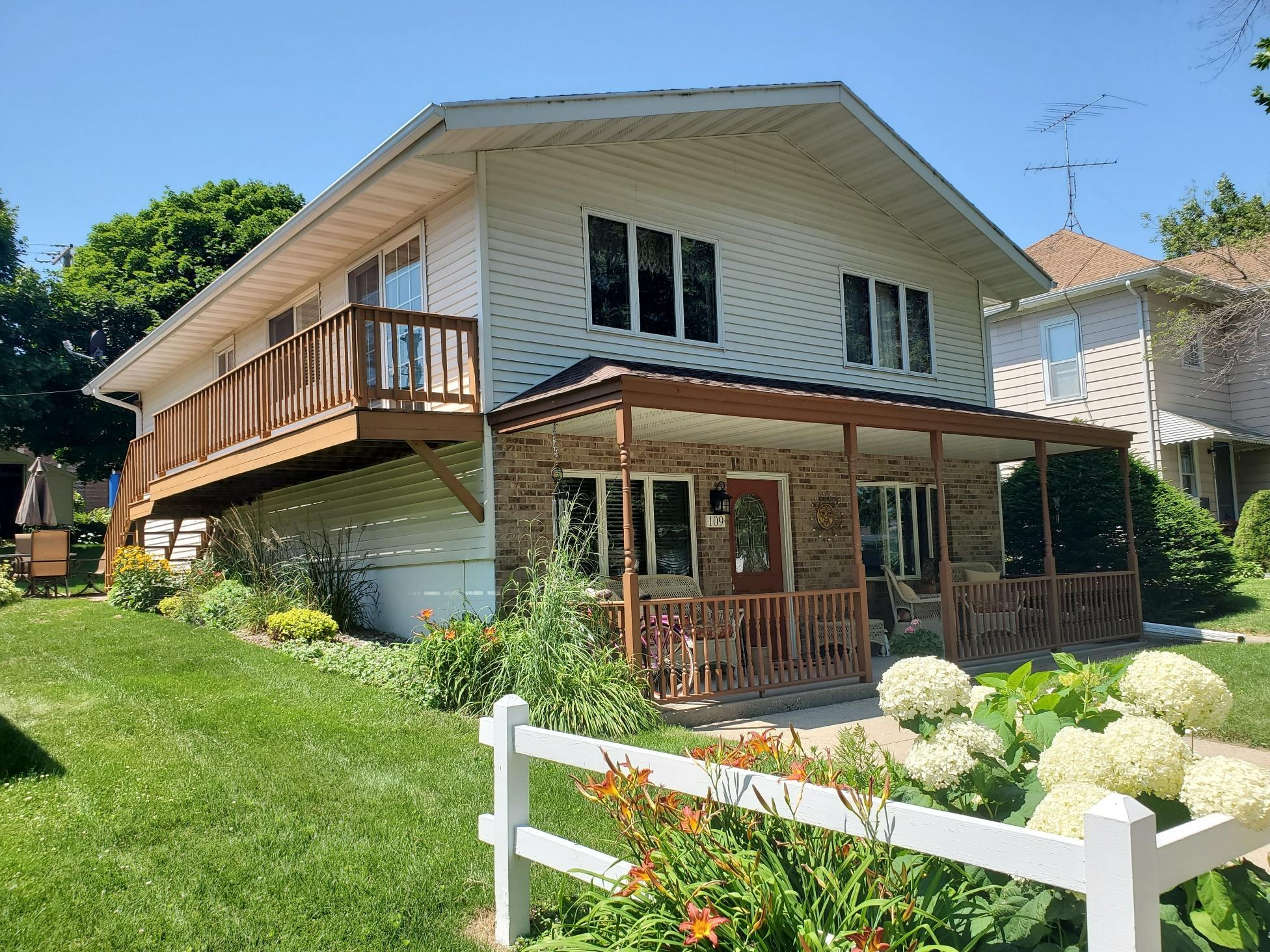 109 Oak Street S Property Photo - Mabel, MN real estate listing
