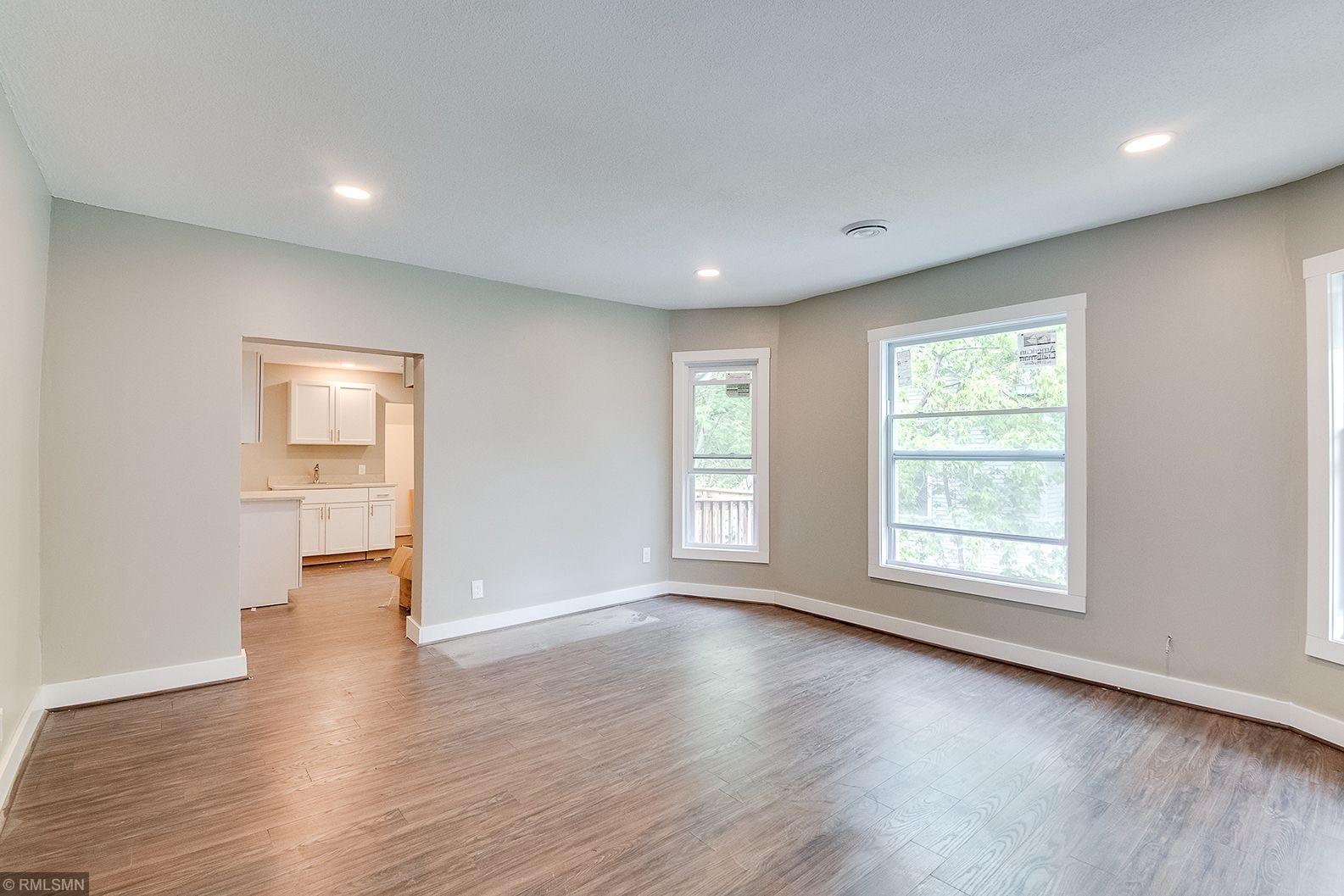 2422 Emerson Avenue N Property Photo - Minneapolis, MN real estate listing