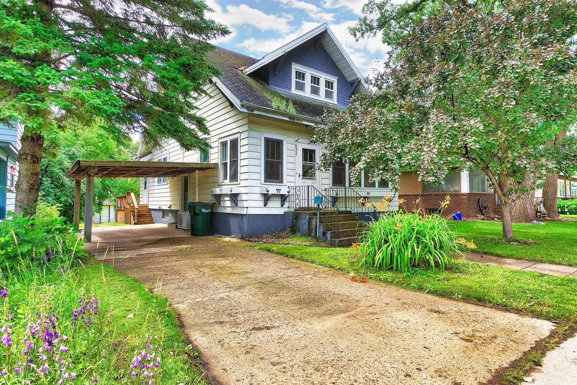 637 W Lincoln Avenue Property Photo - Fergus Falls, MN real estate listing