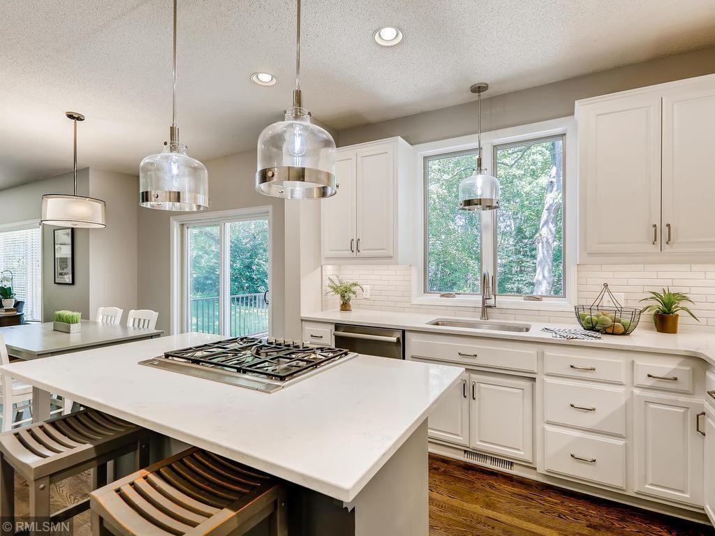 837 Govern Circle Property Photo - Eagan, MN real estate listing