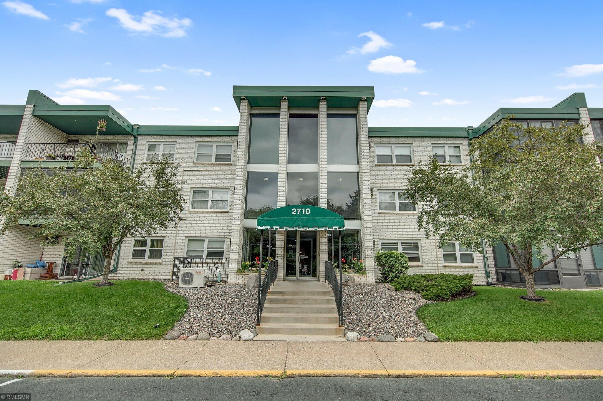 2710 Dale Street N #104 Property Photo - Roseville, MN real estate listing