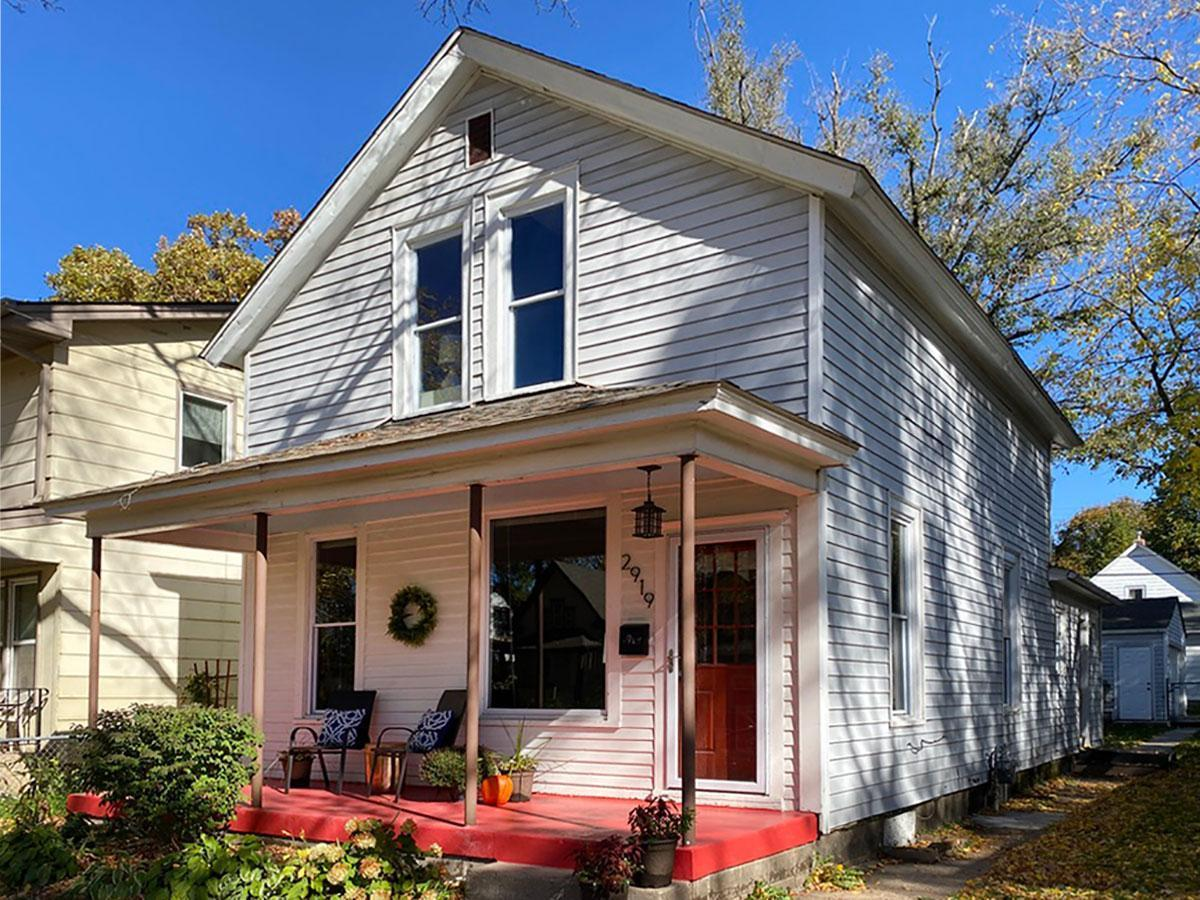 2919 Tyler Street Ne Property Photo