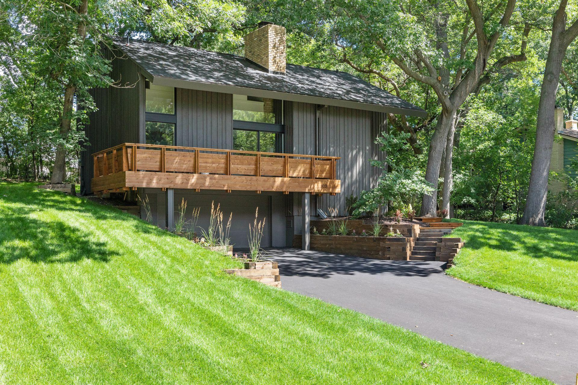 1031 Woodlynn Avenue Property Photo - Roseville, MN real estate listing