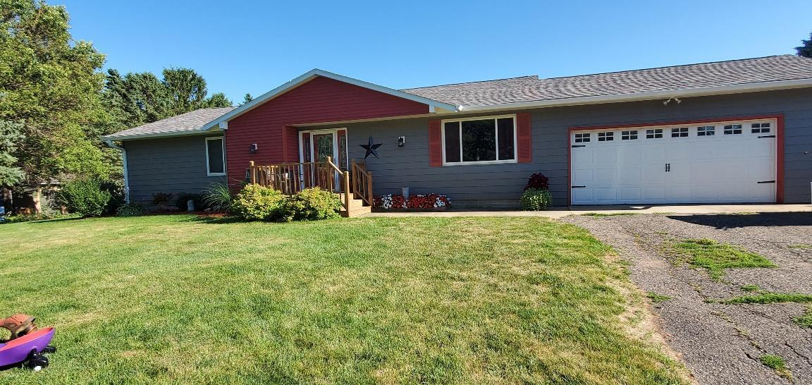 601 3rd Street NW Property Photo - Hayfield, MN real estate listing