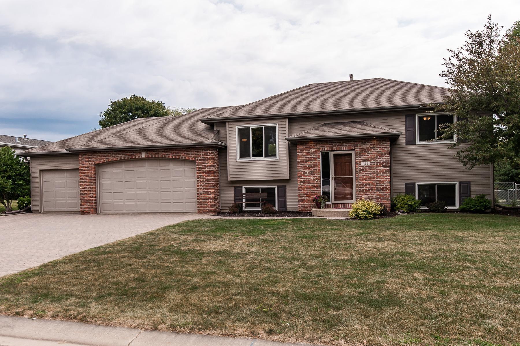 922 John Wesley Avenue NW Property Photo - Stewartville, MN real estate listing
