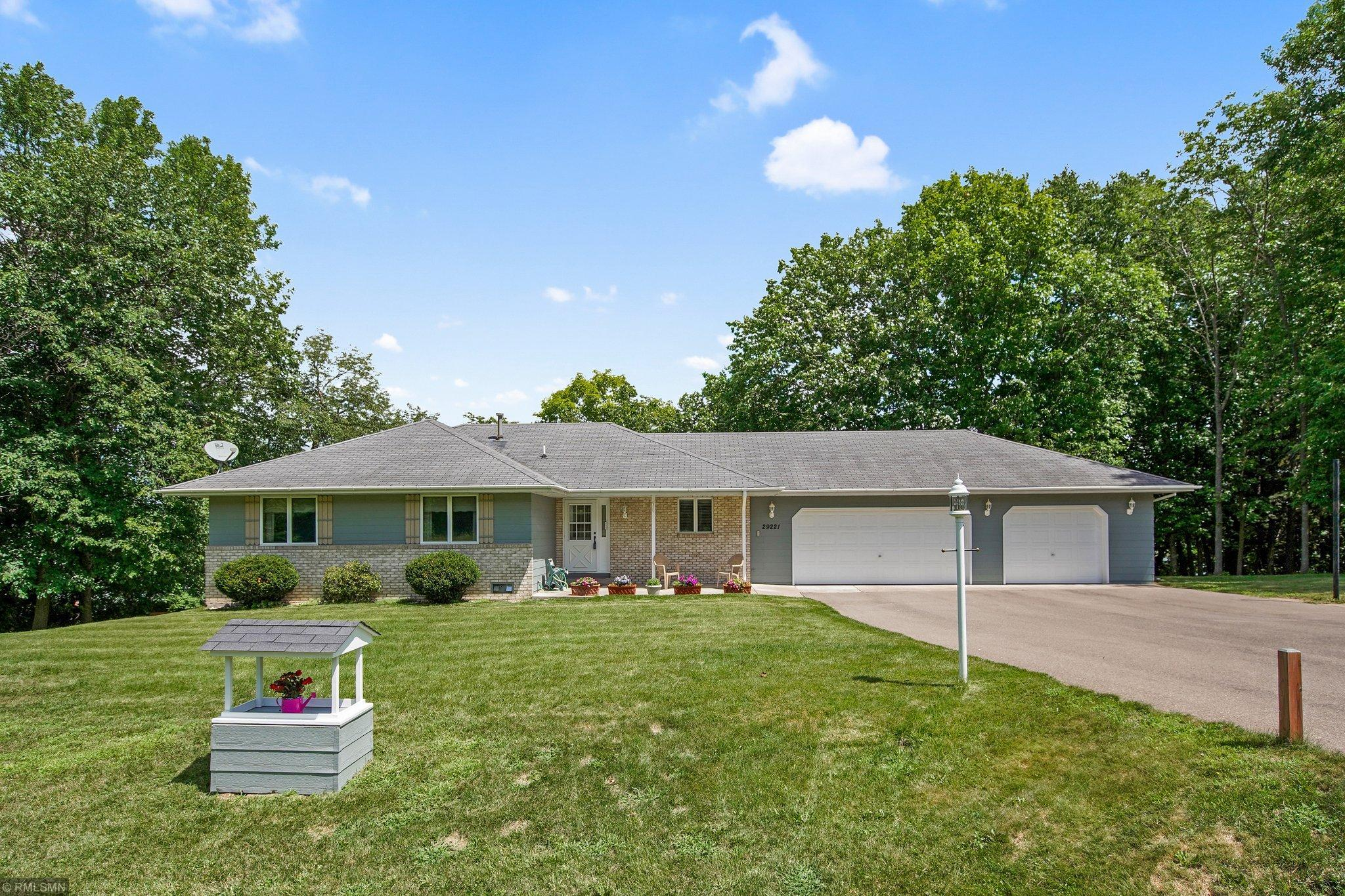 29221 Olympic Trail Property Photo - Lindstrom, MN real estate listing