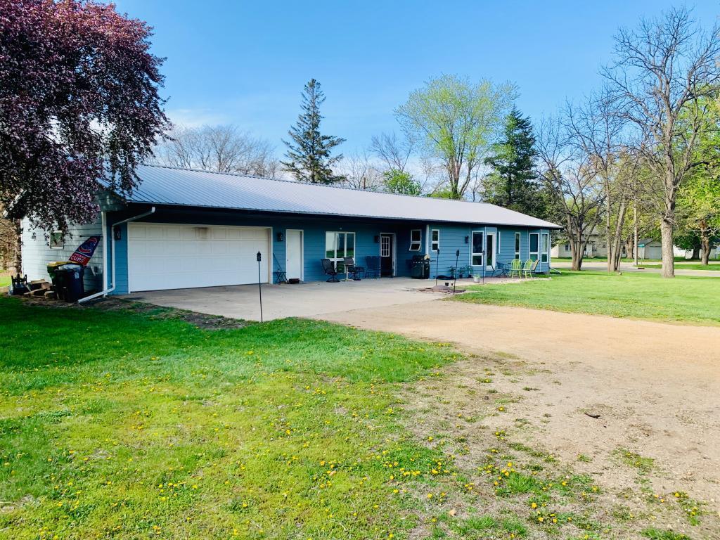 231 5th Street Property Photo - Walnut Grove, MN real estate listing