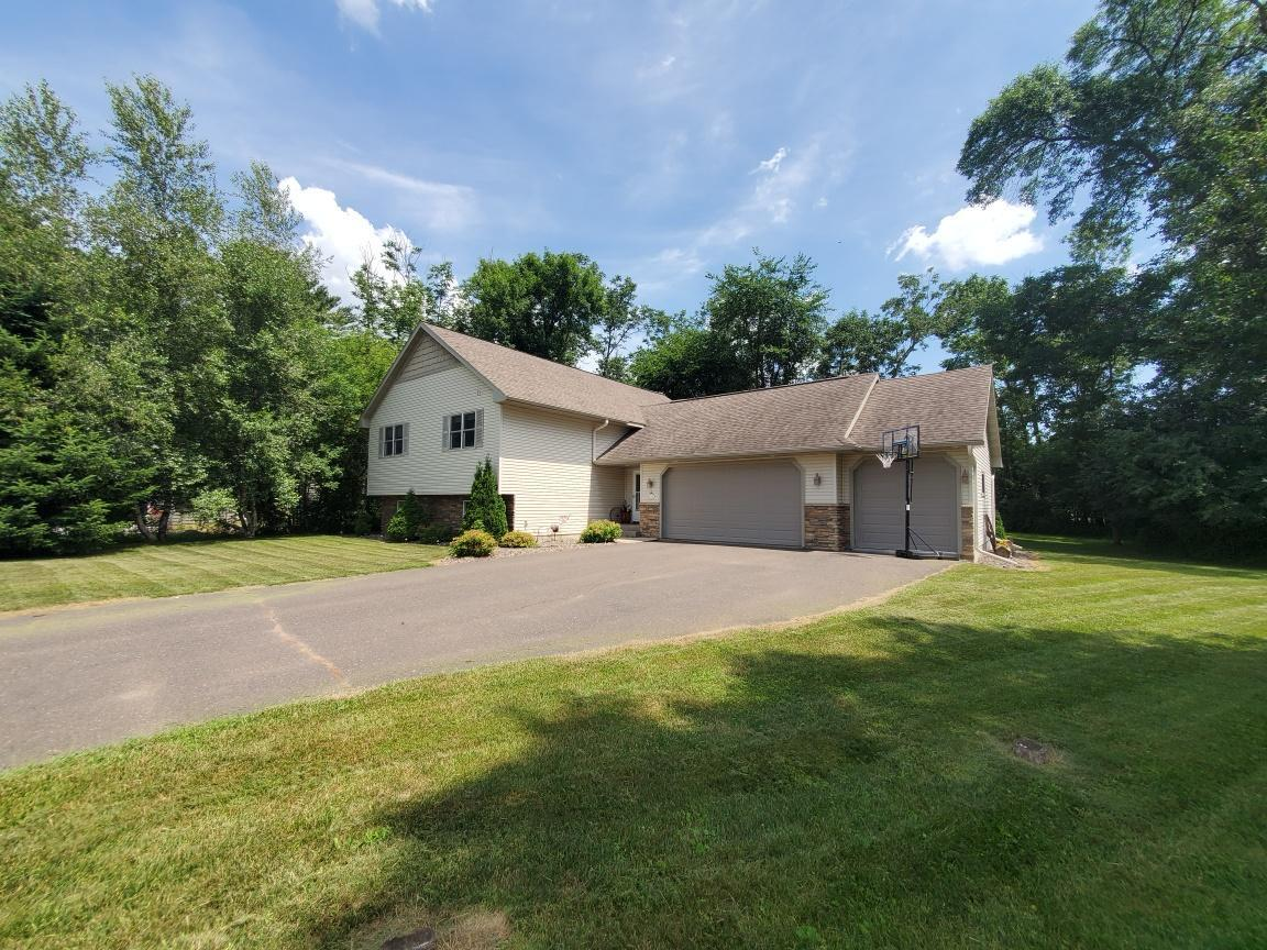912 wildflower ct Property Photo - Amery, WI real estate listing