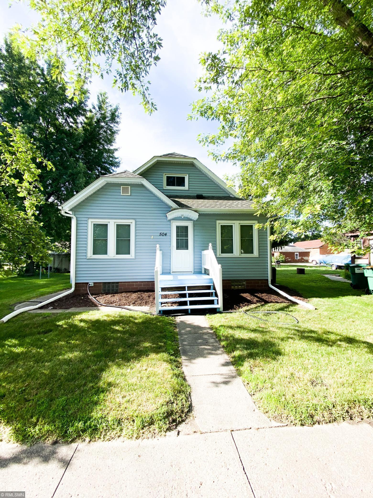 504 W Brooks Street Property Photo - Arlington, MN real estate listing