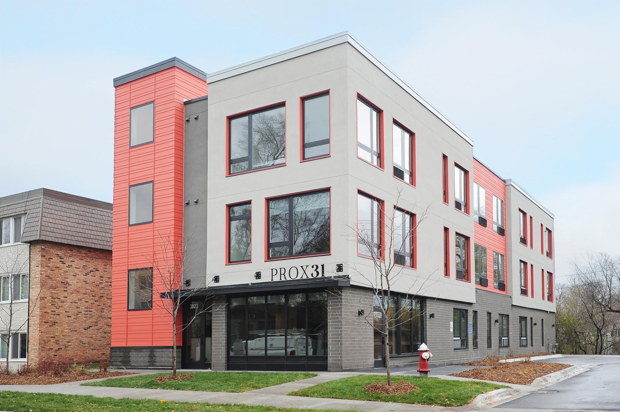 3823 W 31st Street Property Photo