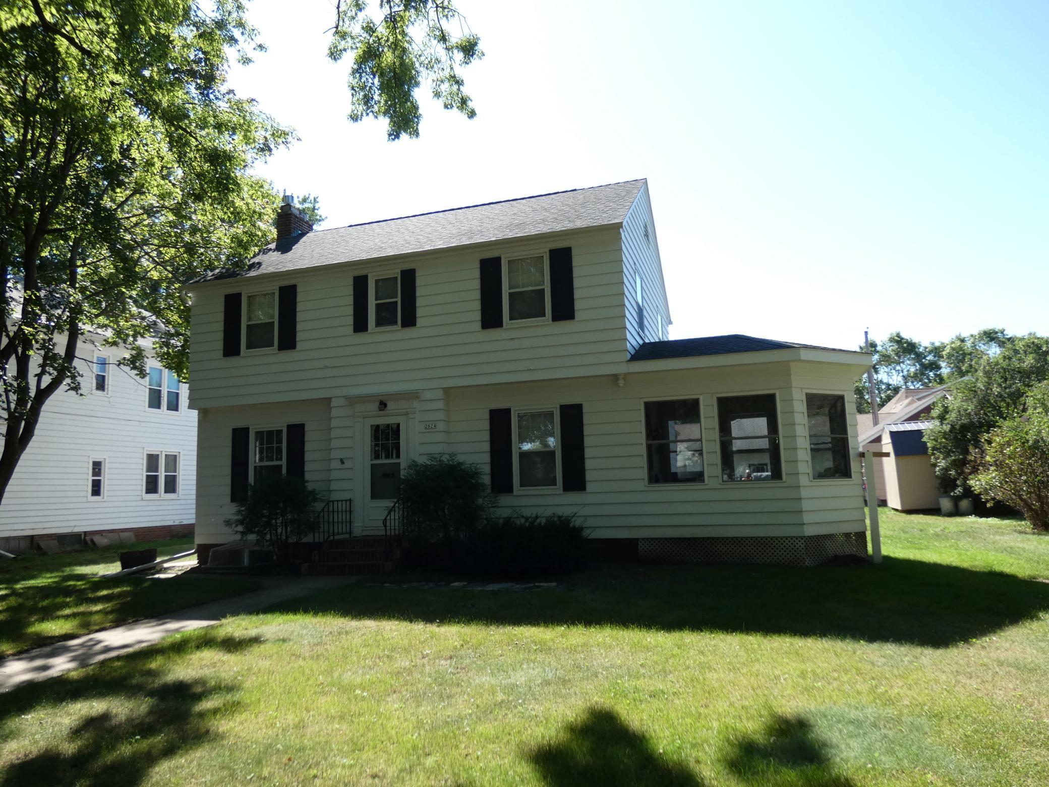2624 Maple Avenue Property Photo - Slayton, MN real estate listing