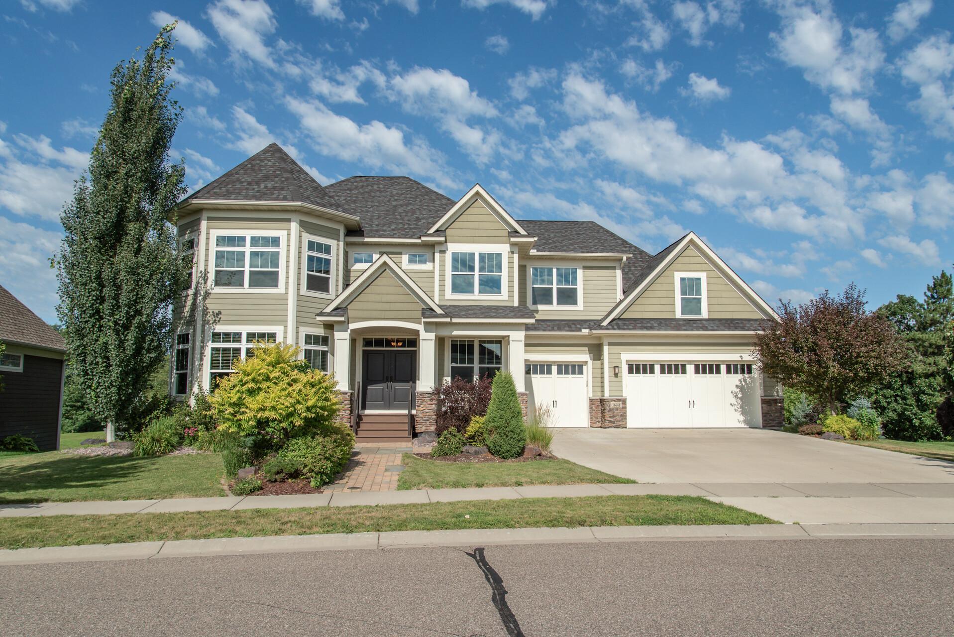 16643 E Lake Drive Property Photo