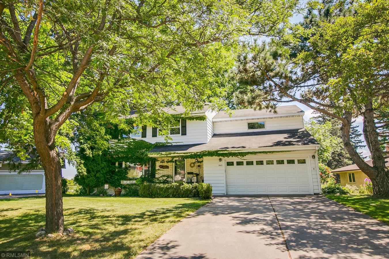 3413 Skycroft Circle Property Photo - Saint Anthony, MN real estate listing
