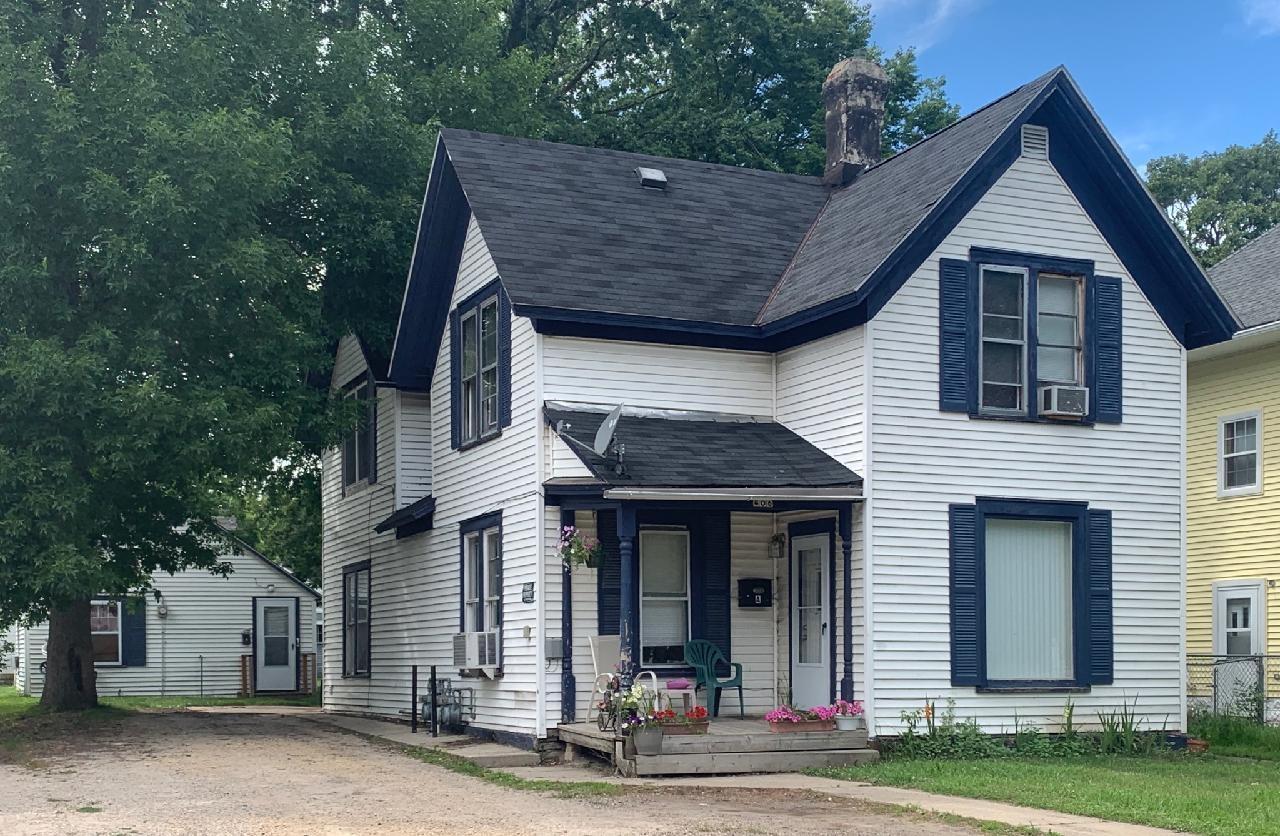 406 2nd Street SE Property Photo