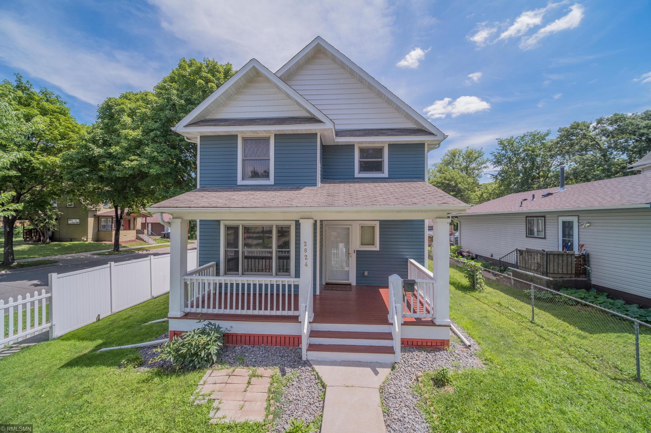 2824 Dupont Avenue N Property Photo - Minneapolis, MN real estate listing