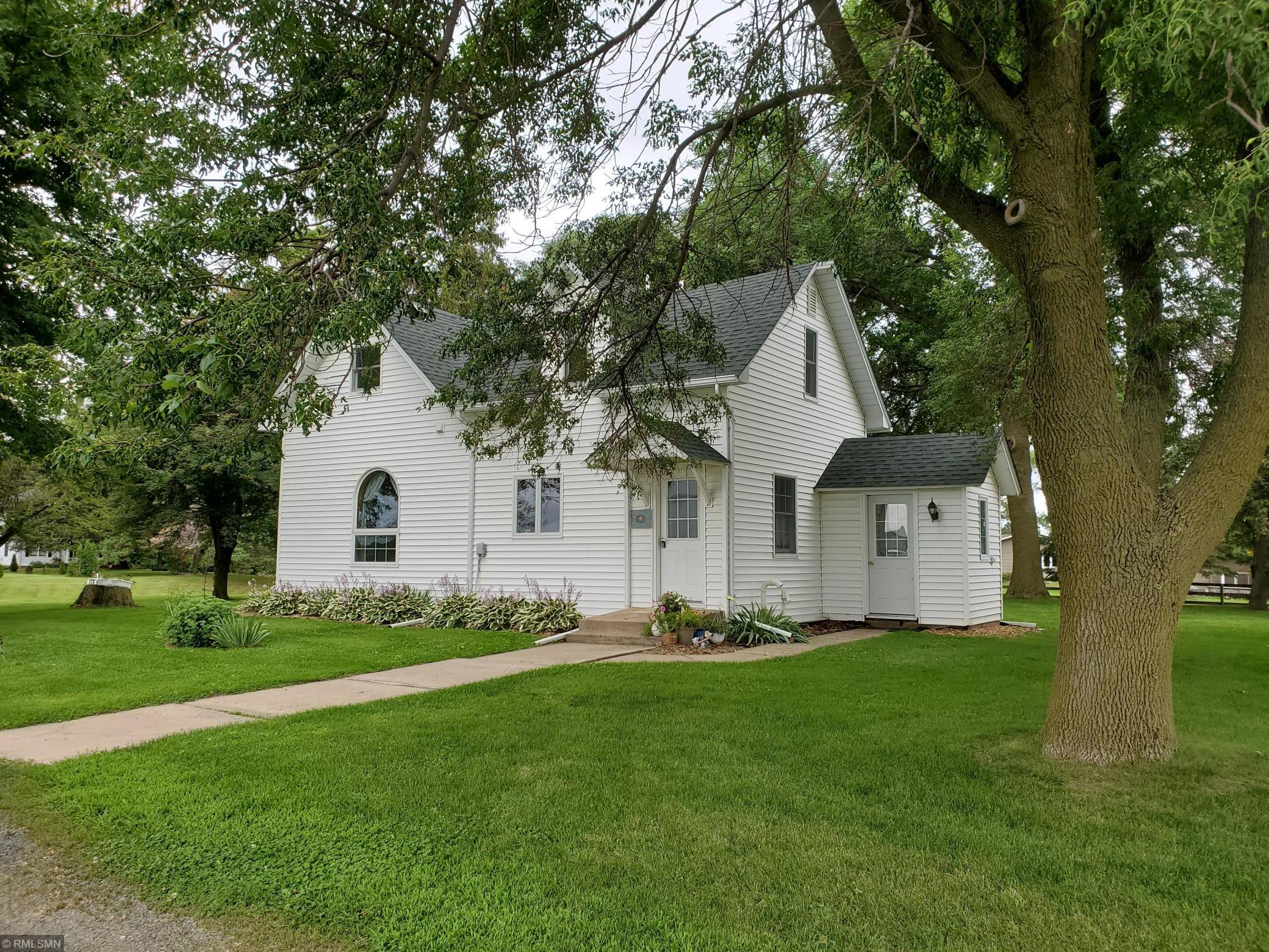 212 State Road 35 Property Photo - Farmington Twp, WI real estate listing