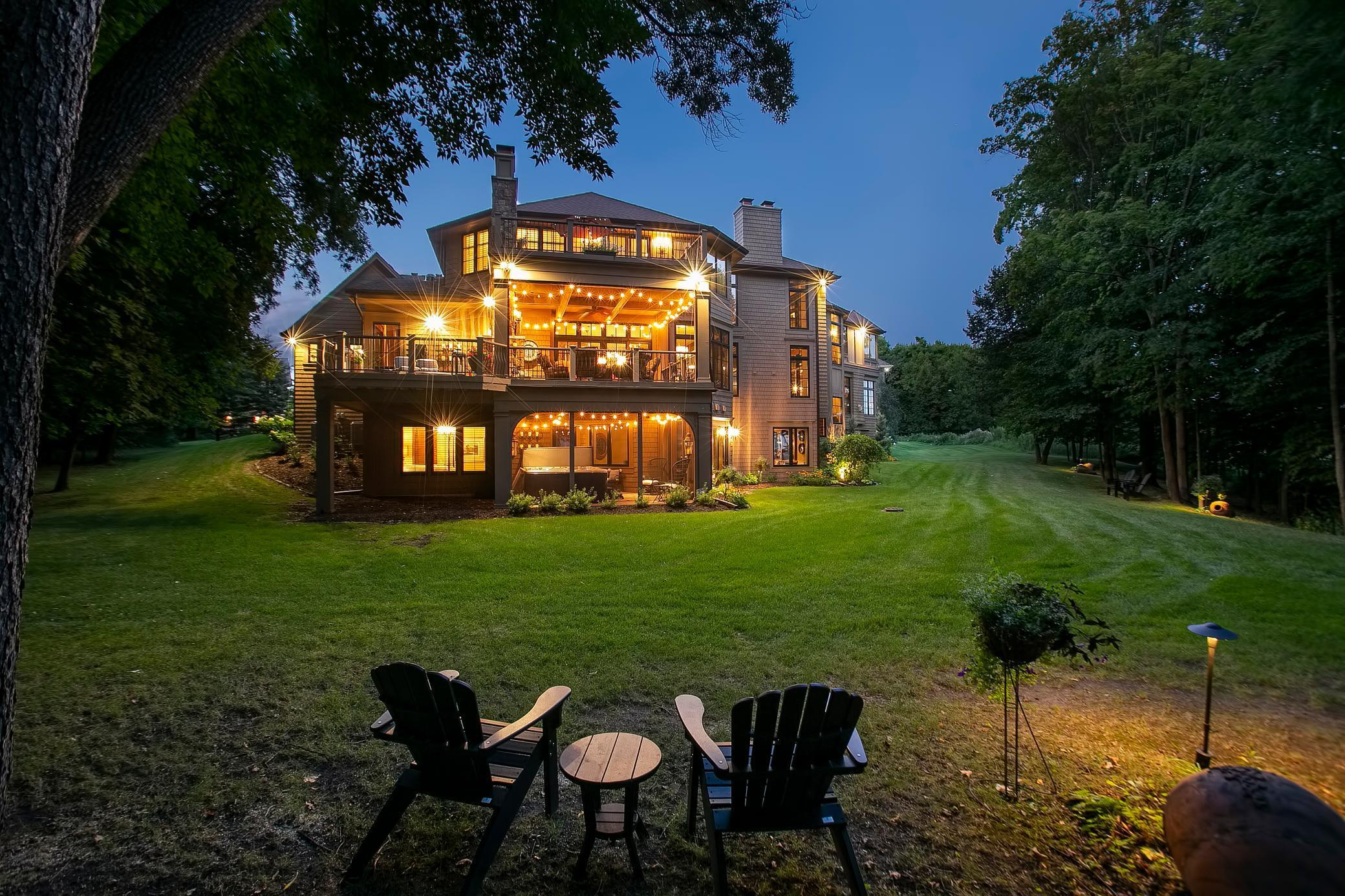 10160 Trails End Road Property Photo - Chanhassen, MN real estate listing