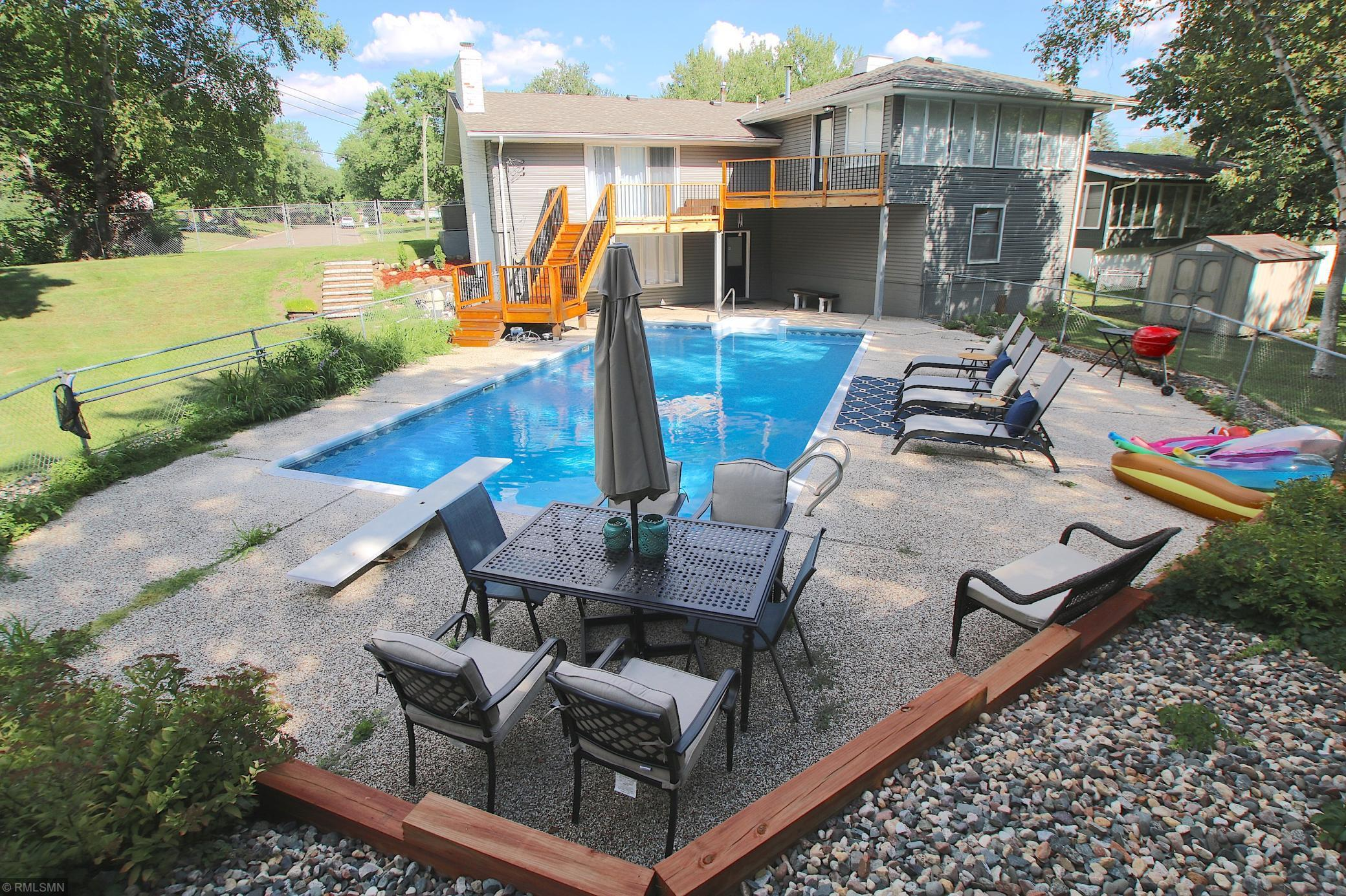 9216 Washburn Avenue S Property Photo - Bloomington, MN real estate listing