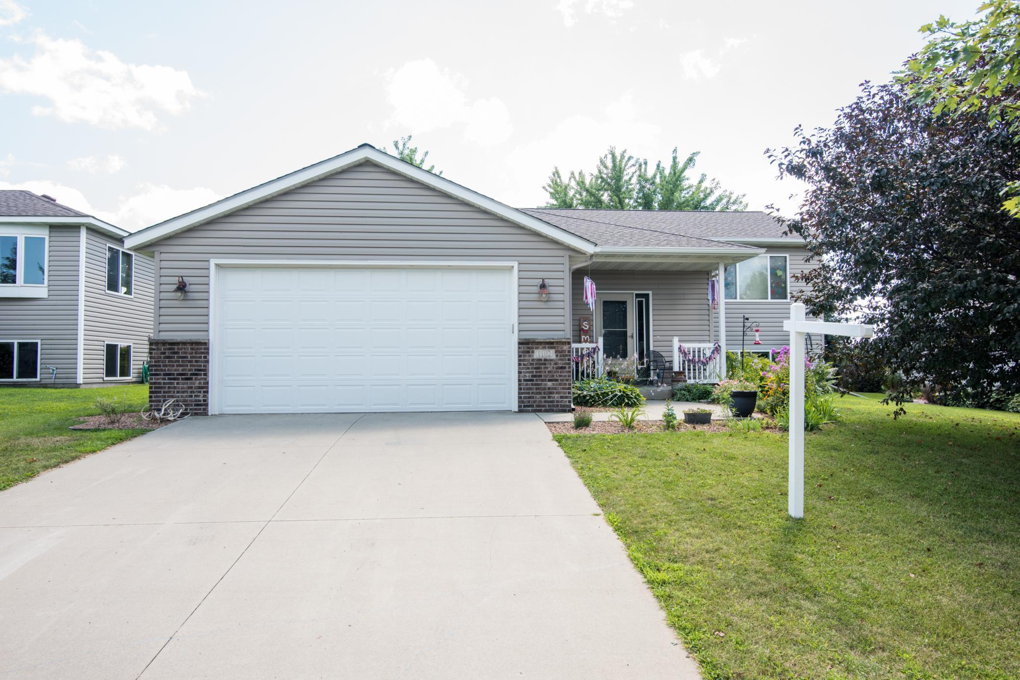 1102 3rd Street Se Property Photo