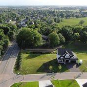 288 Fair Circle Property Photo - Waconia, MN real estate listing
