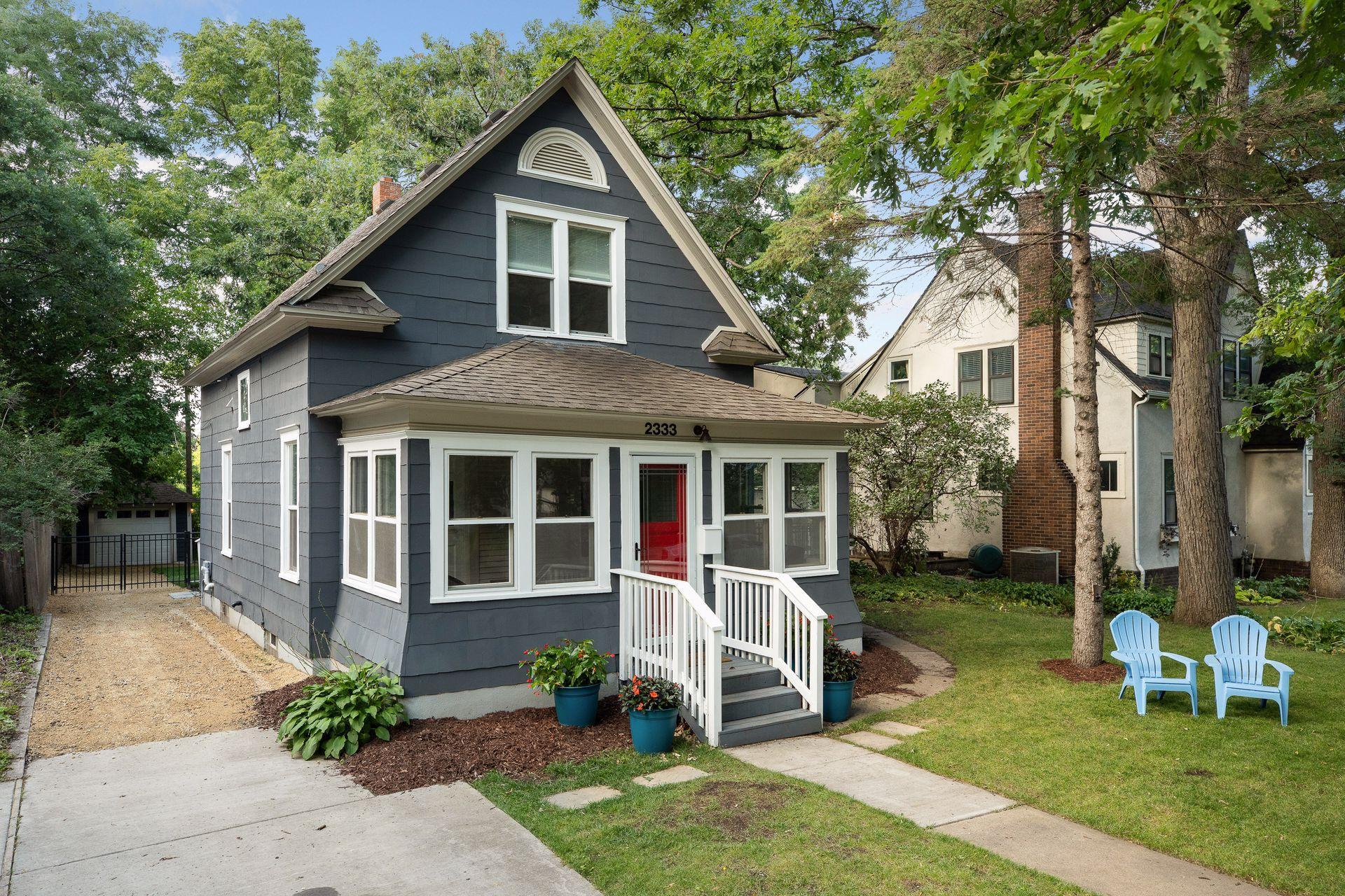 2333 Chilcombe Avenue Property Photo - Saint Paul, MN real estate listing
