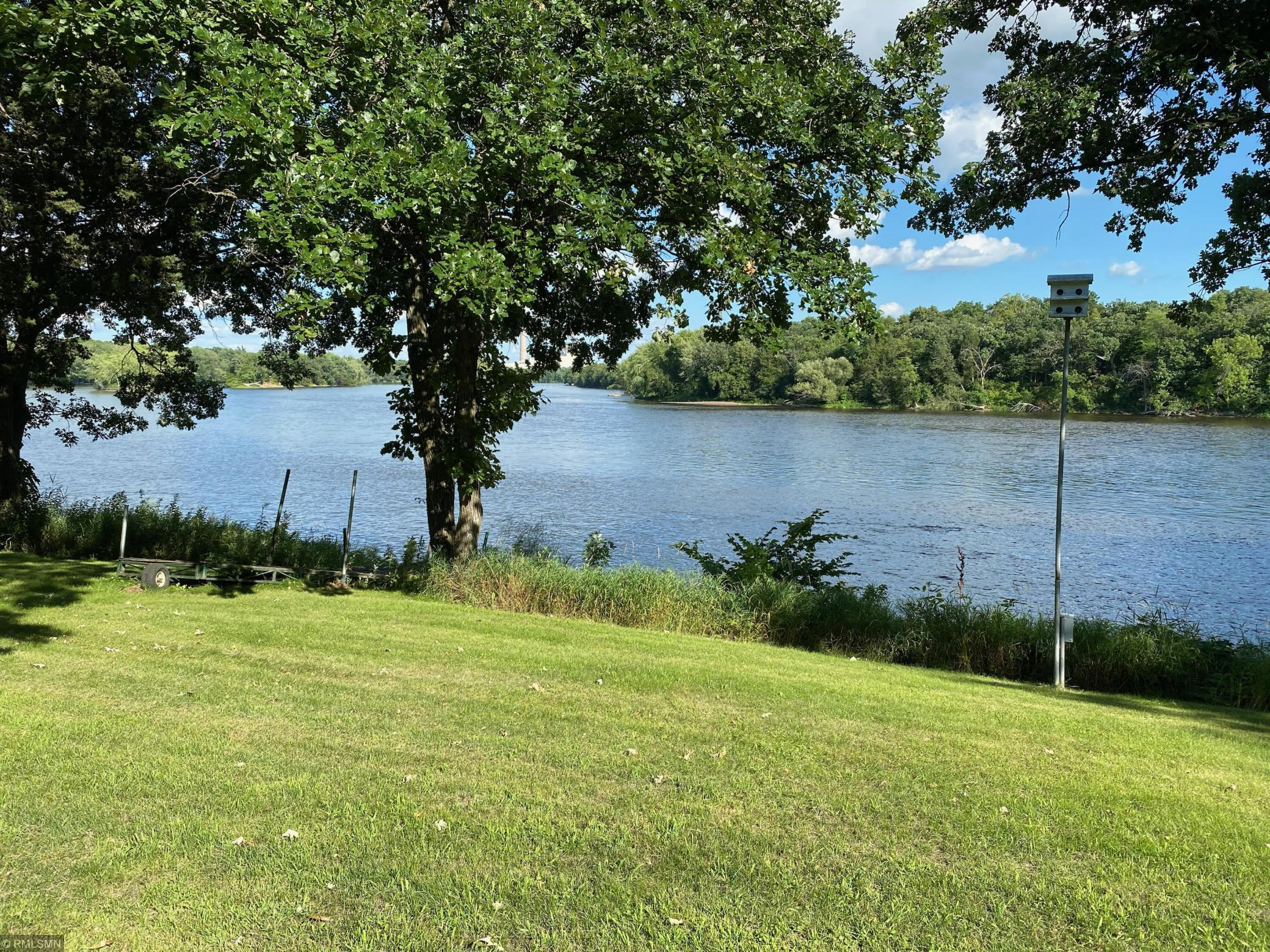 11079 127th Street SE Property Photo - Clear Lake, MN real estate listing