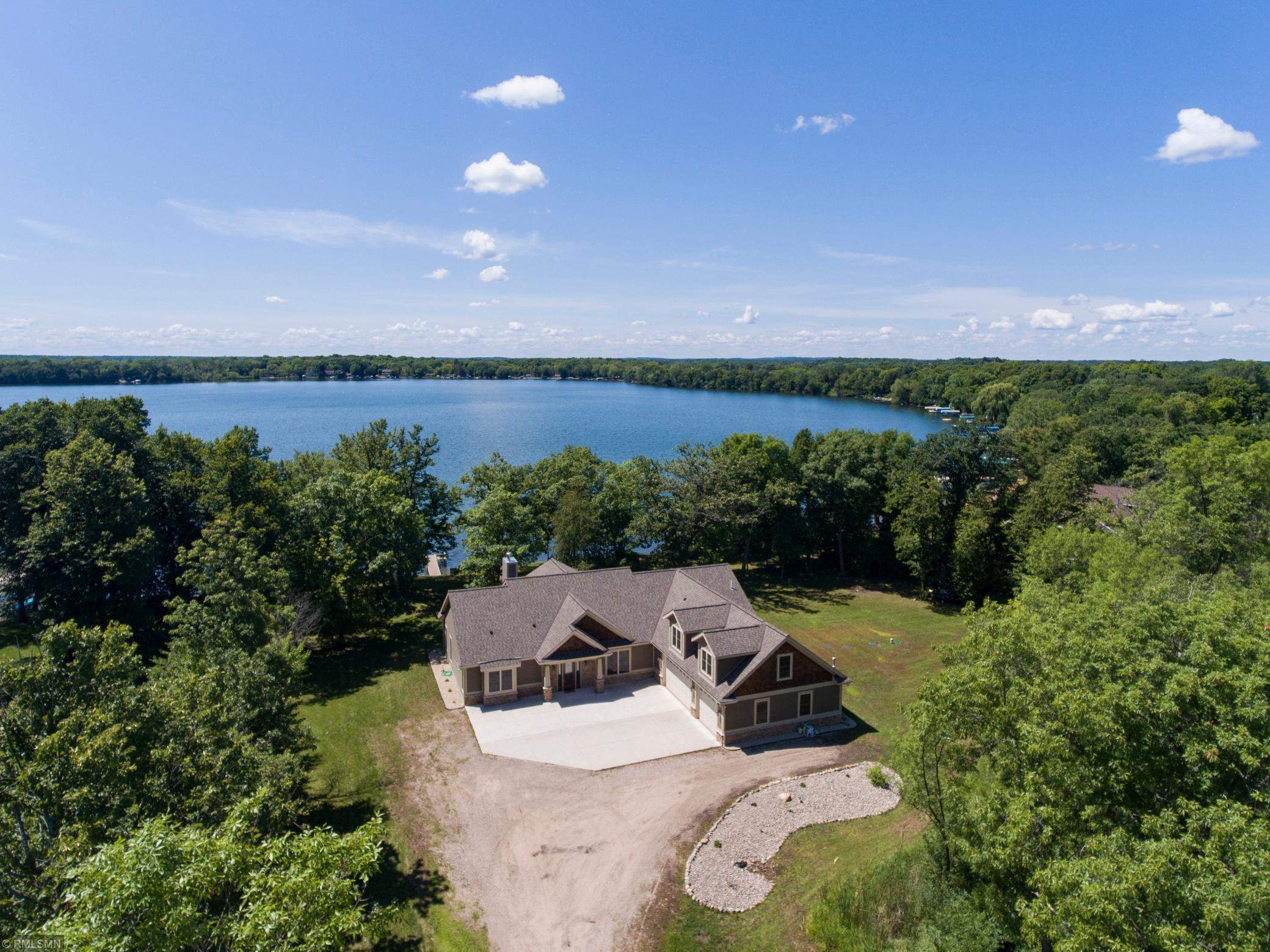 55382 Real Estate Listings Main Image