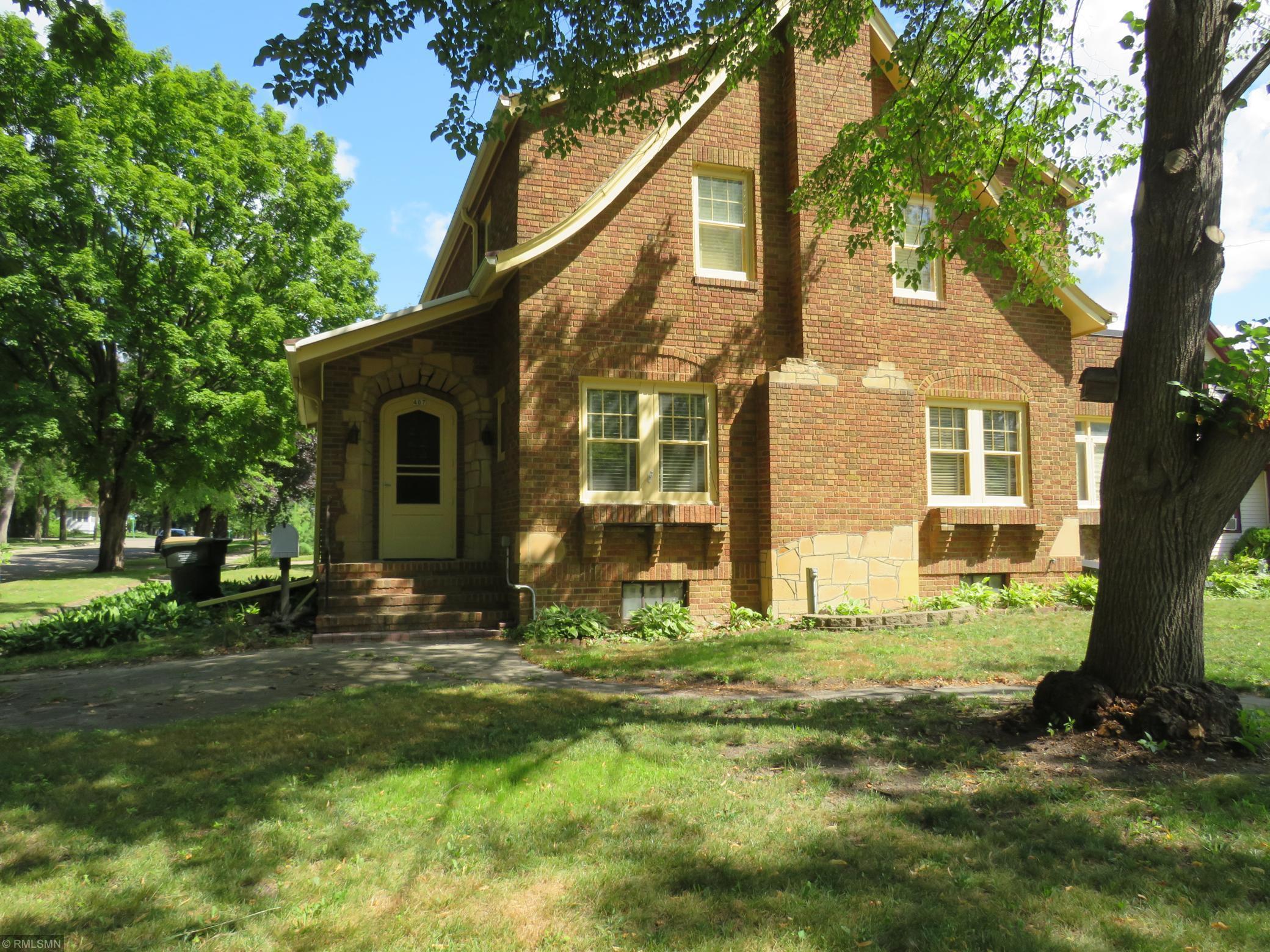 407 13th Street E Property Photo - Glencoe, MN real estate listing