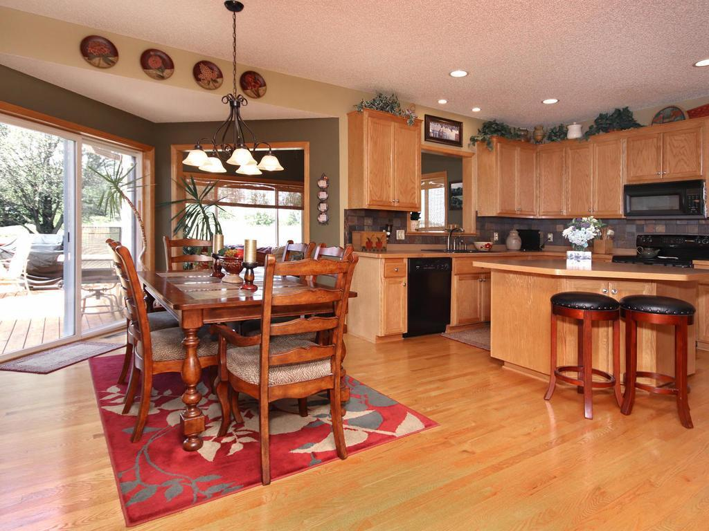 9082 Glenborough Drive Property Photo - Elko New Market, MN real estate listing
