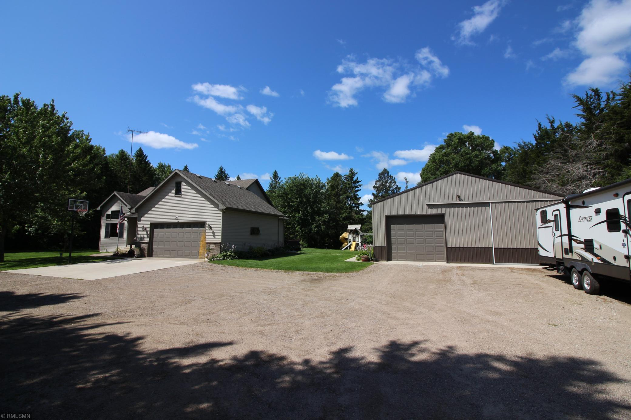 18997 County Road 145 Property Photo - Clearwater, MN real estate listing