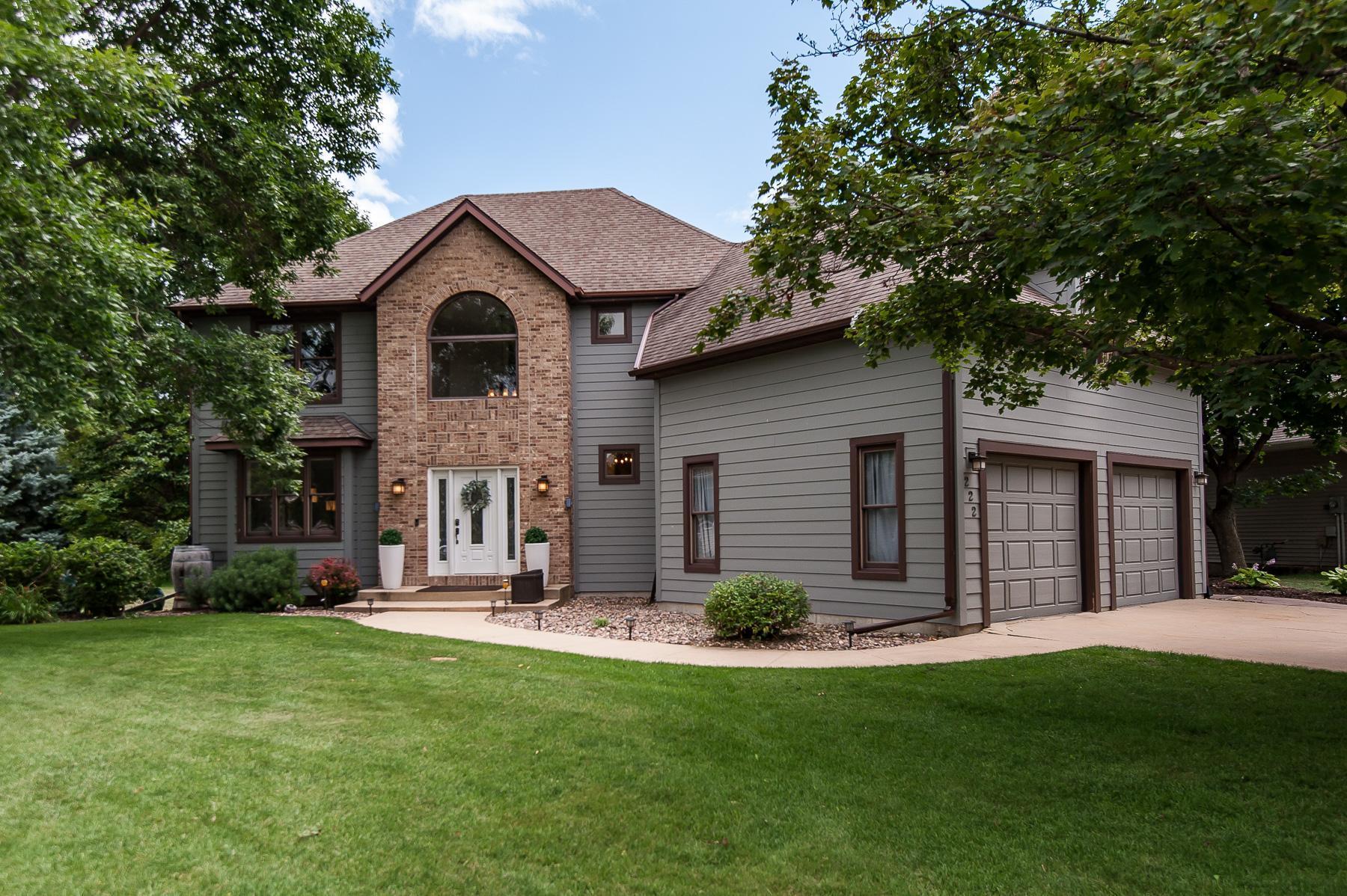 222 Interlachen Lane NW Property Photo - Rochester, MN real estate listing