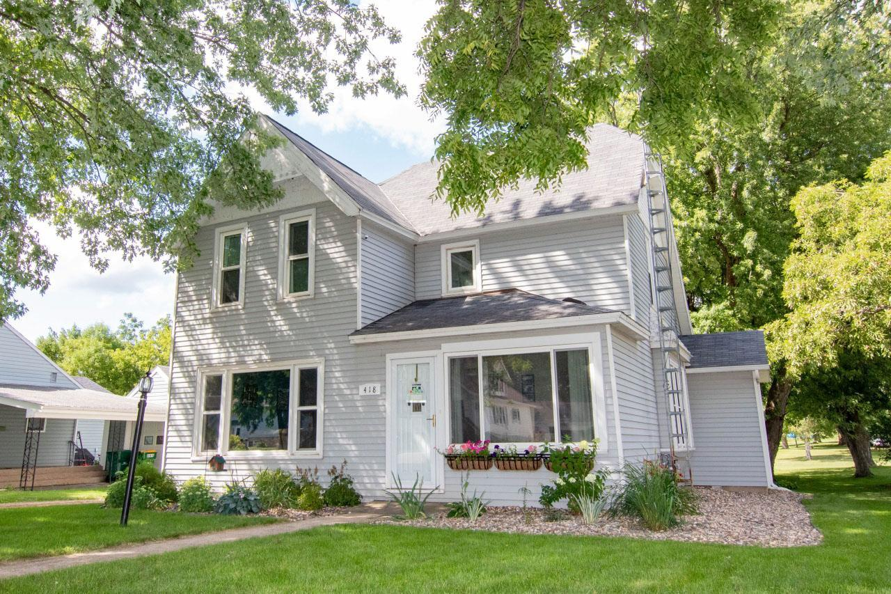 418 W 2nd Street Property Photo - Janesville, MN real estate listing