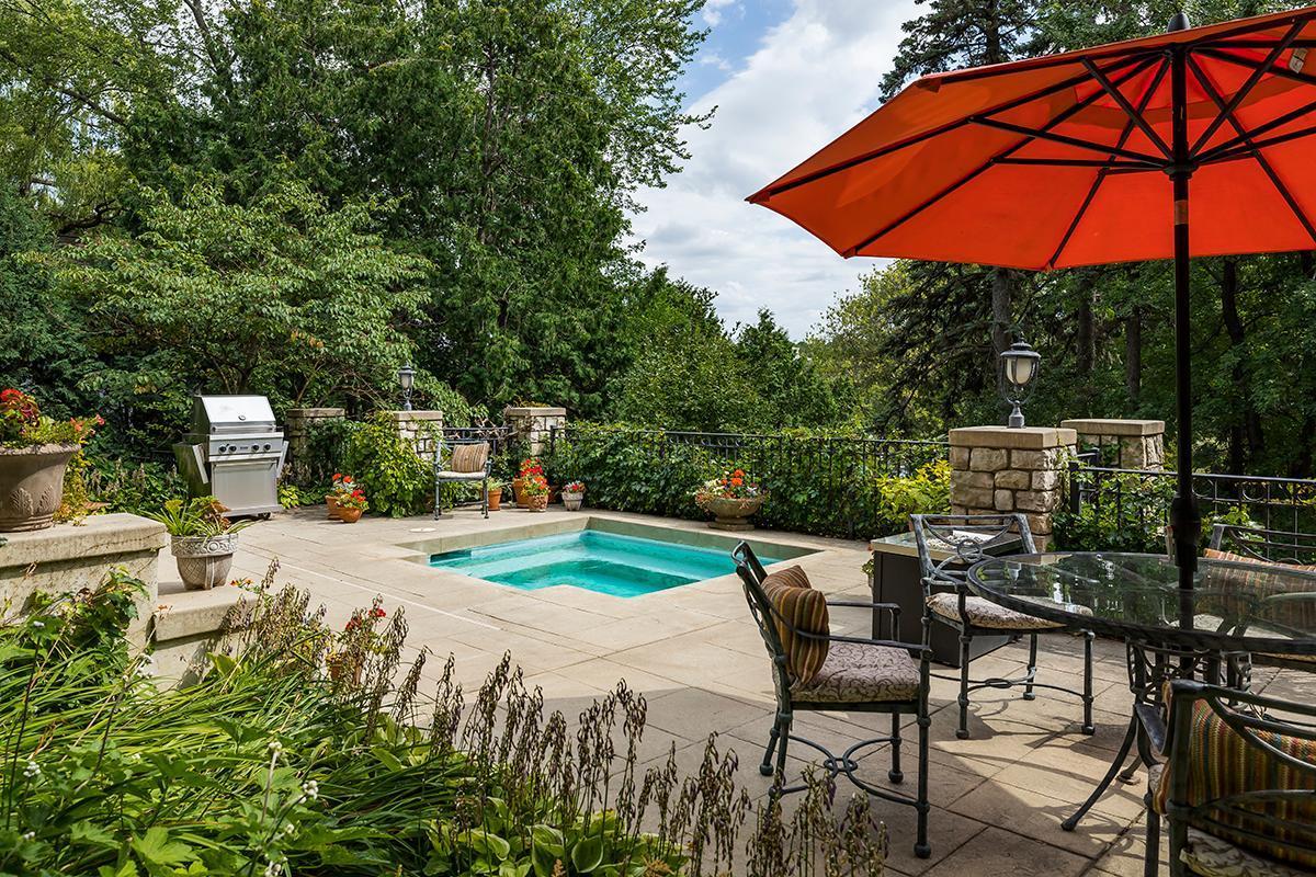 335 College Avenue Property Photo