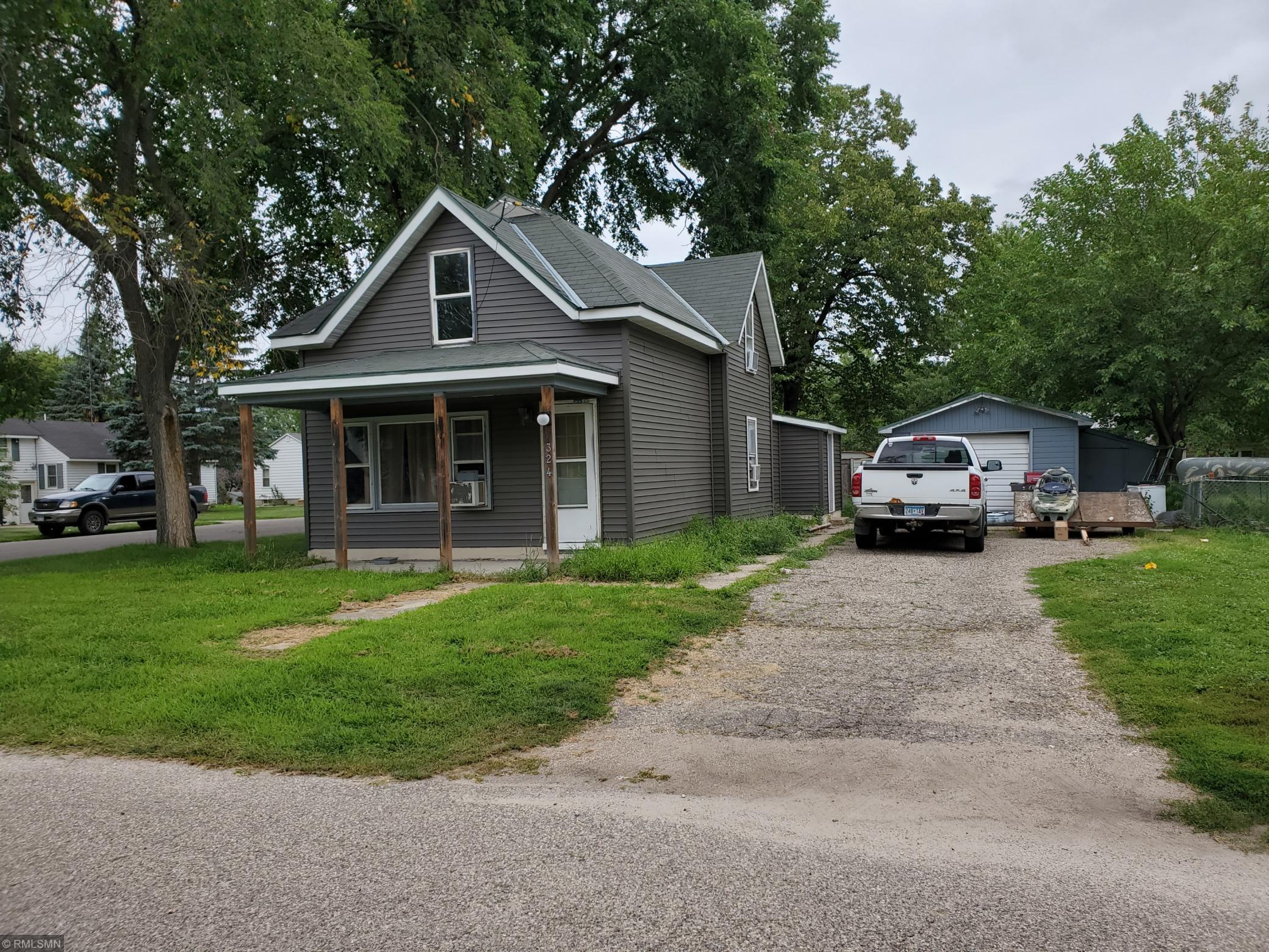 324 W Saint Paul Street Property Photo