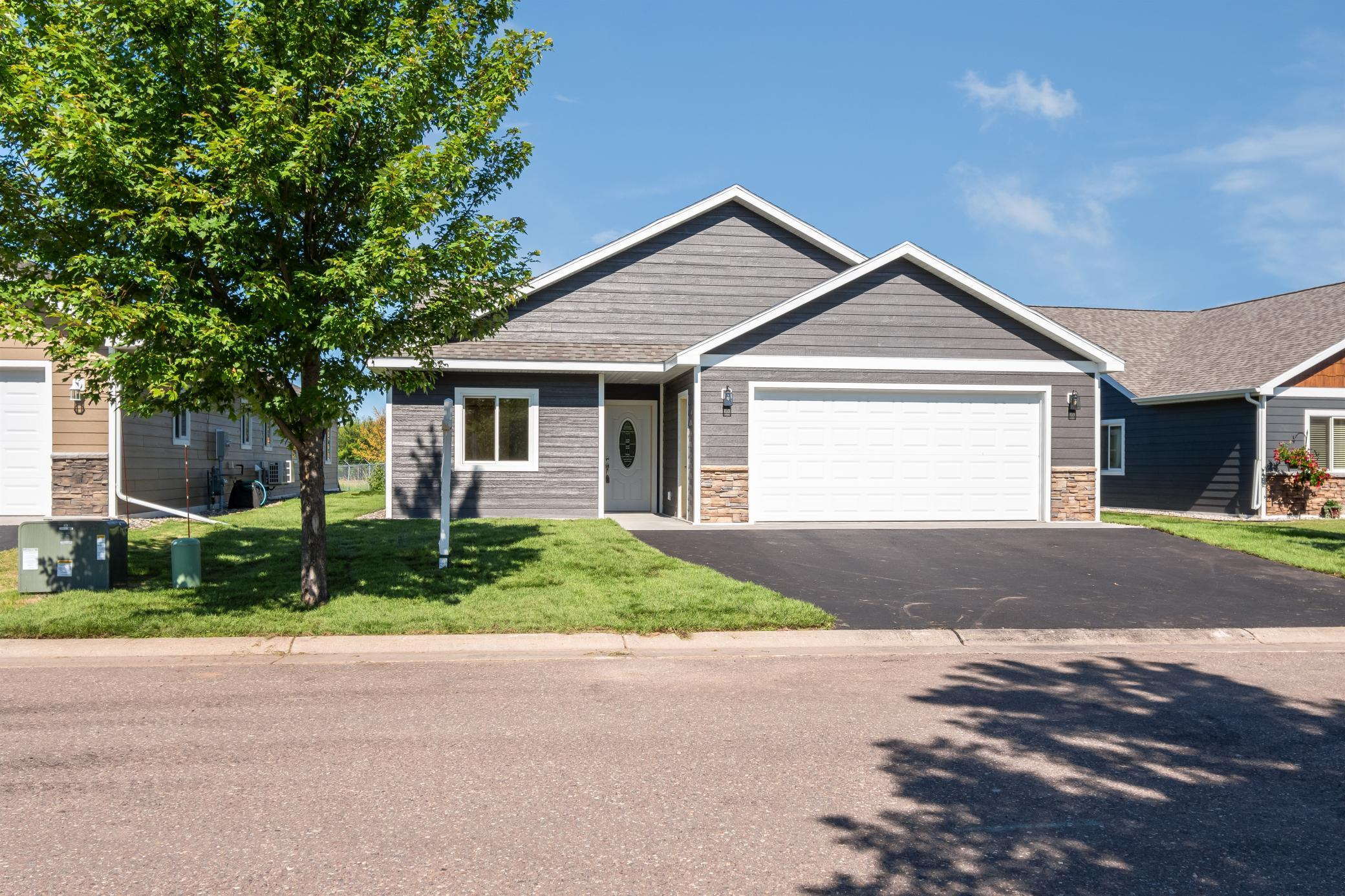 54 Billings Lane Property Photo - Superior, WI real estate listing