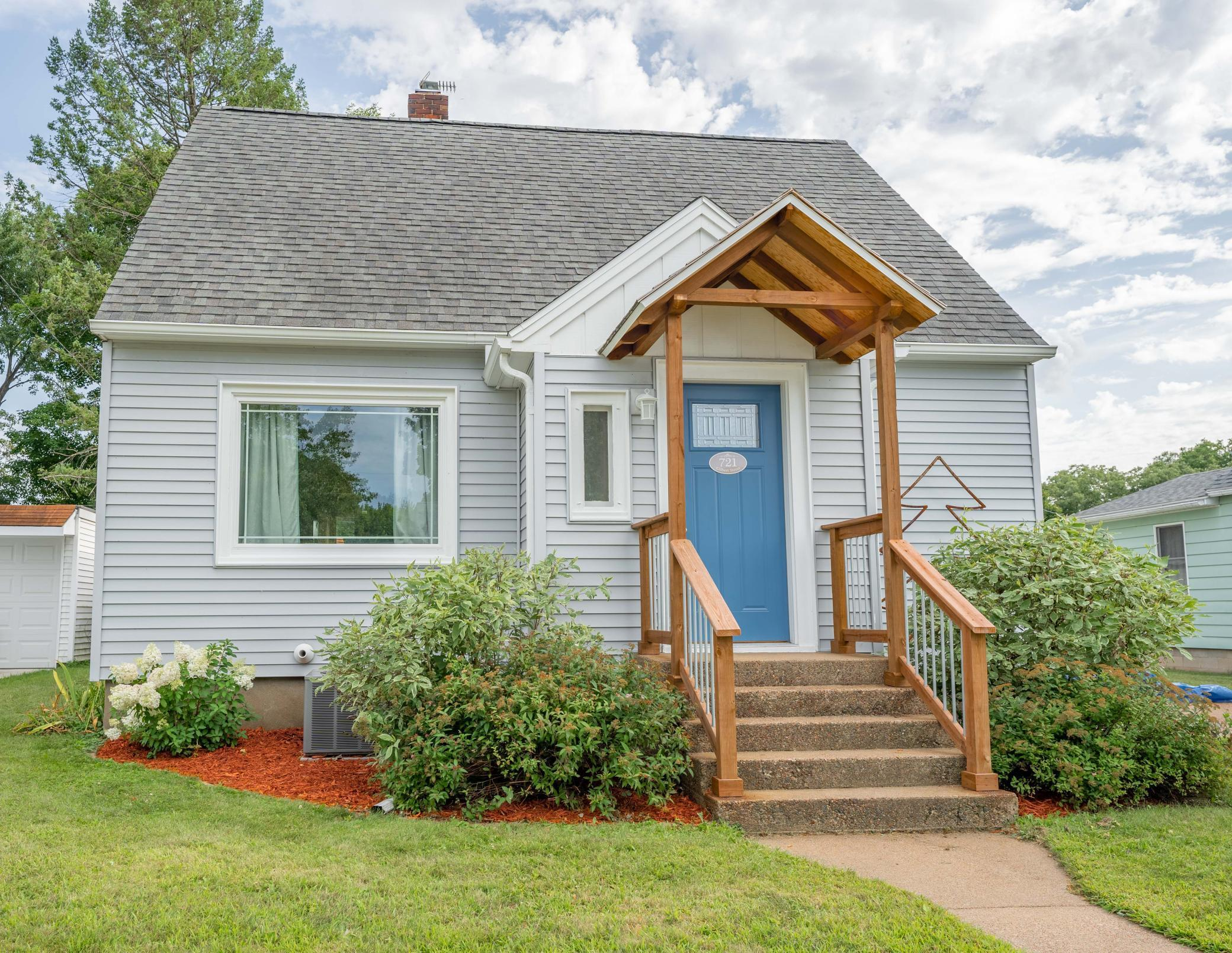 721 Gilbert Street Property Photo - Eau Claire, WI real estate listing