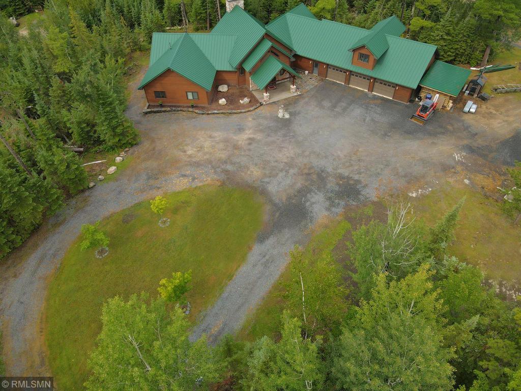 2574 Pine Knoll Road Property Photo - International Falls, MN real estate listing