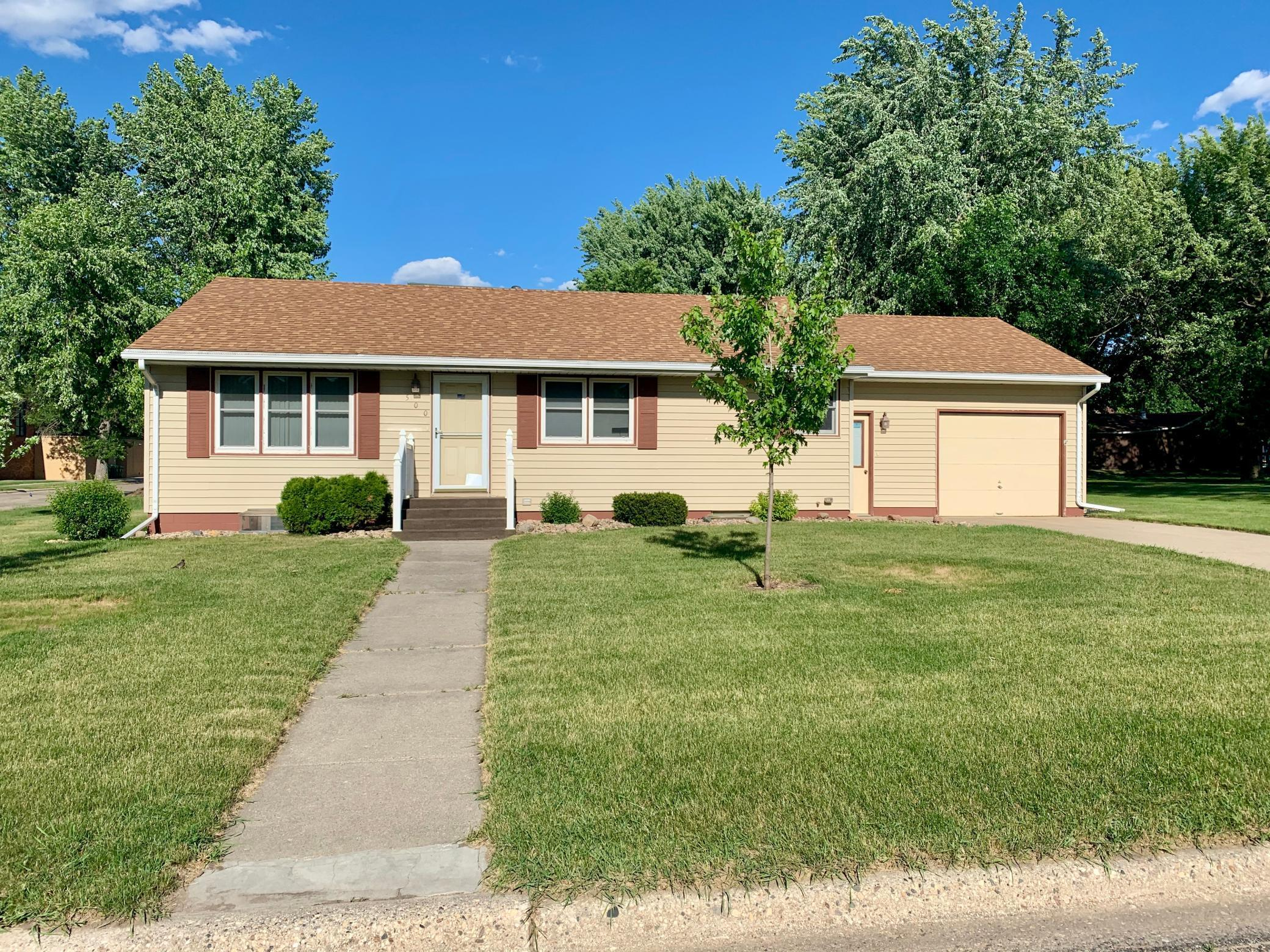 500 Indiana Avenue Property Photo - Adrian, MN real estate listing