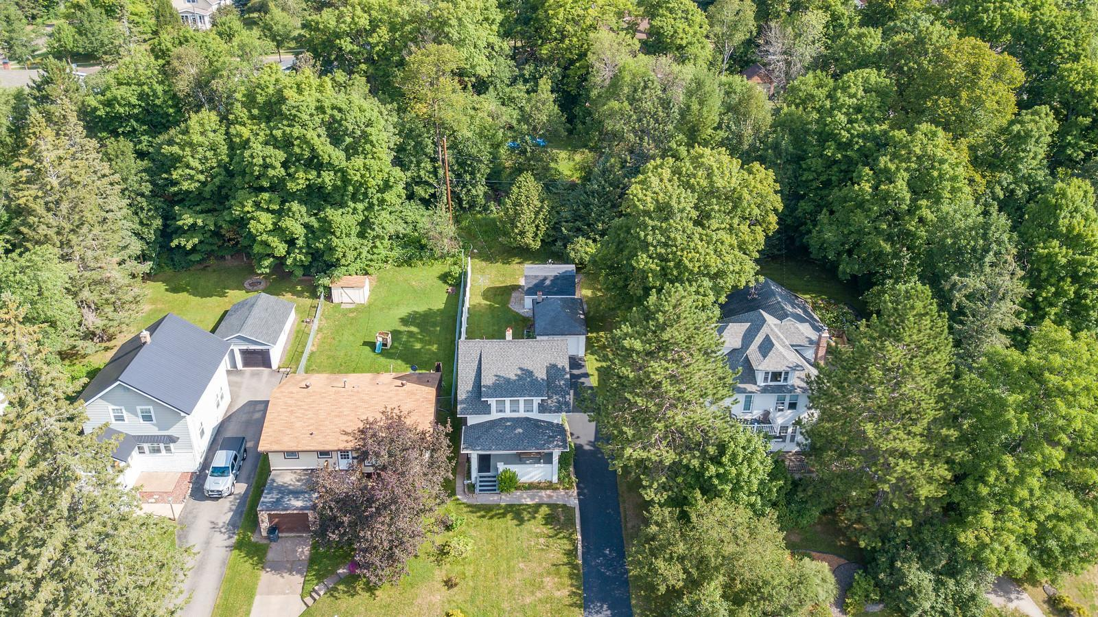 223 Isanti Street Property Photo - Duluth, MN real estate listing