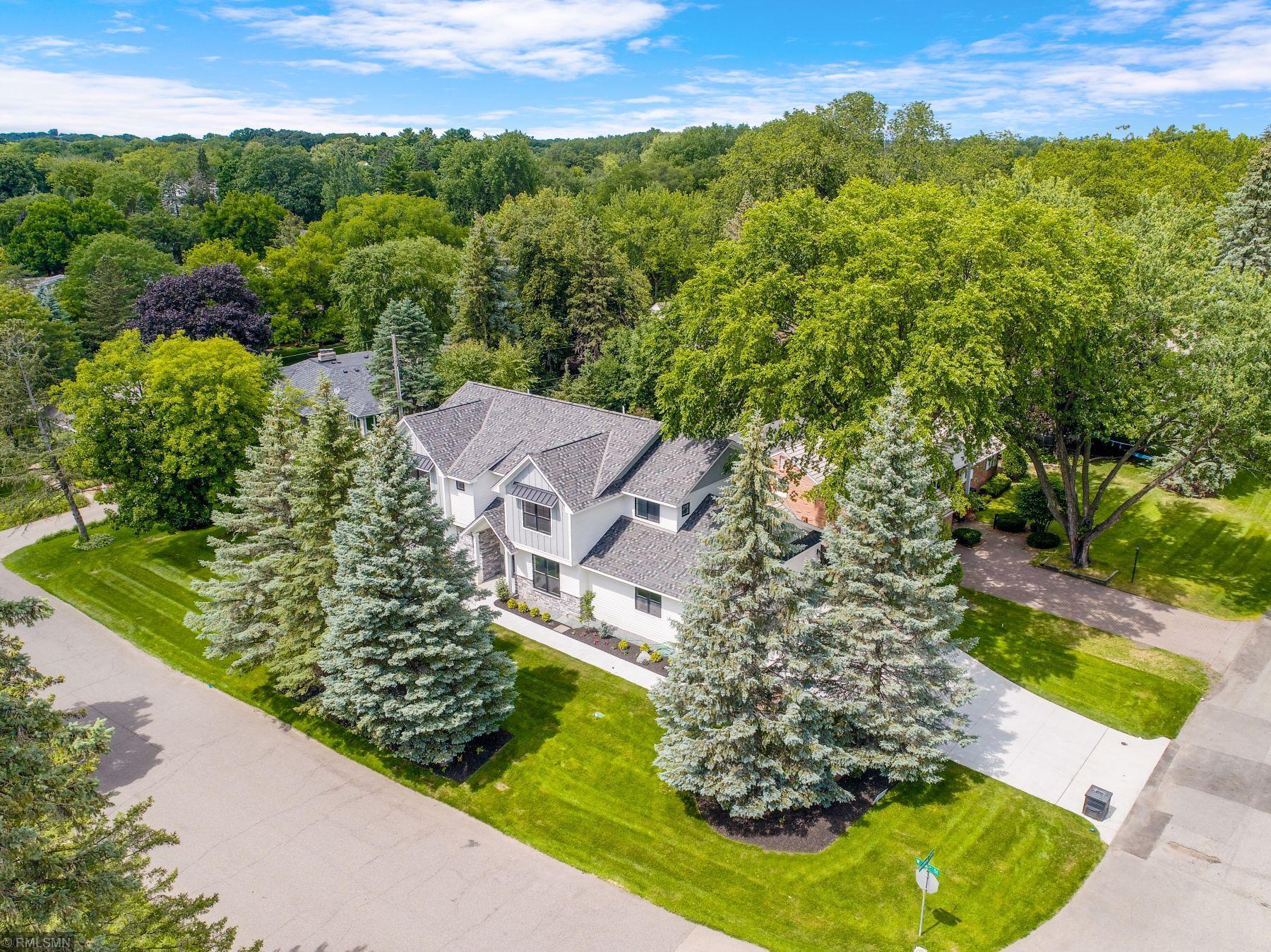 50 Woodland Circle Property Photo