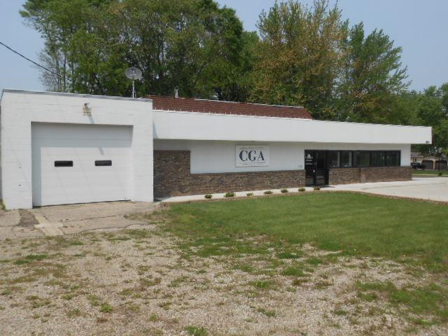 125 N Grove Street Property Photo - Blue Earth, MN real estate listing