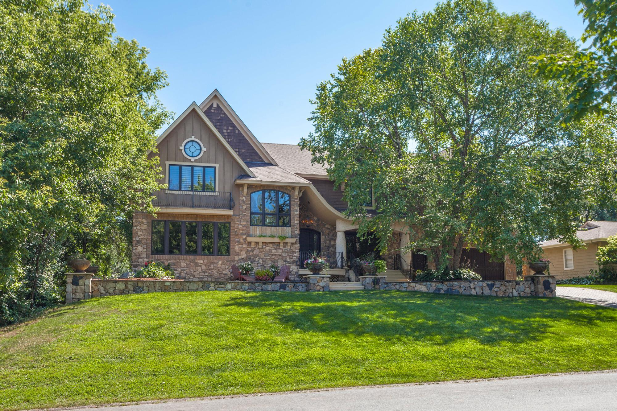 4913 W Sunnyslope Road W Property Photo - Edina, MN real estate listing