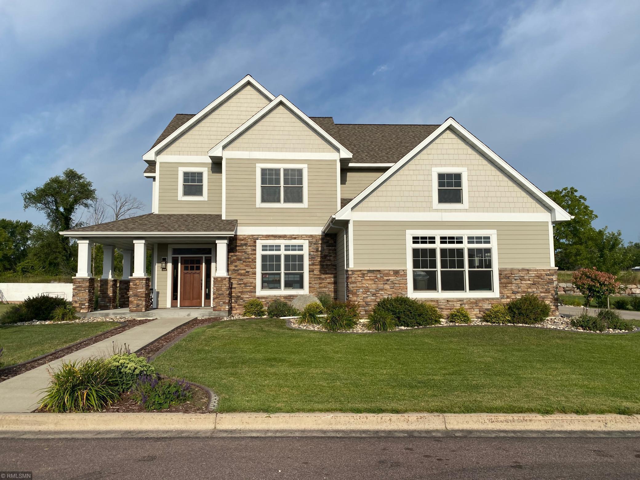 1812 Orchard Ridge Property Photo - Saint Peter, MN real estate listing