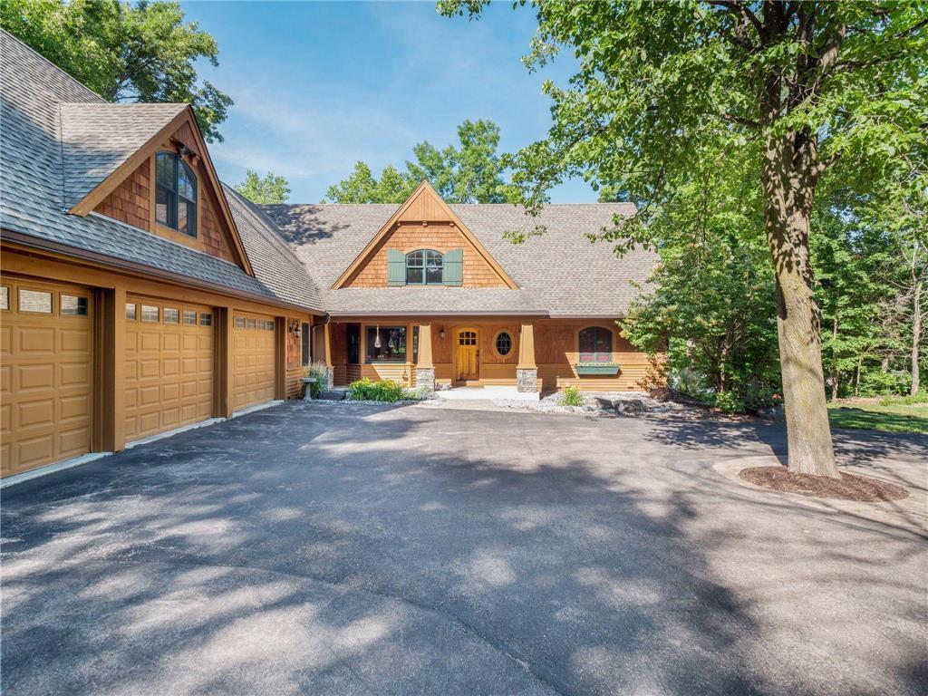 7323 Lilac Lane Property Photo