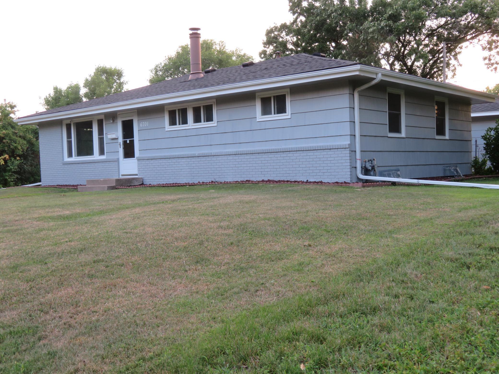 6701 Quail Avenue N Property Photo
