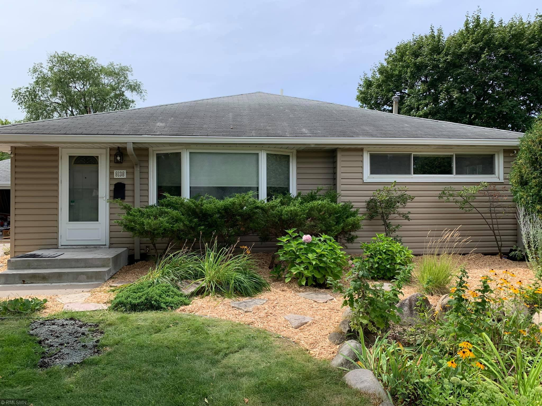 8138 Dupont Avenue S Property Photo - Bloomington, MN real estate listing
