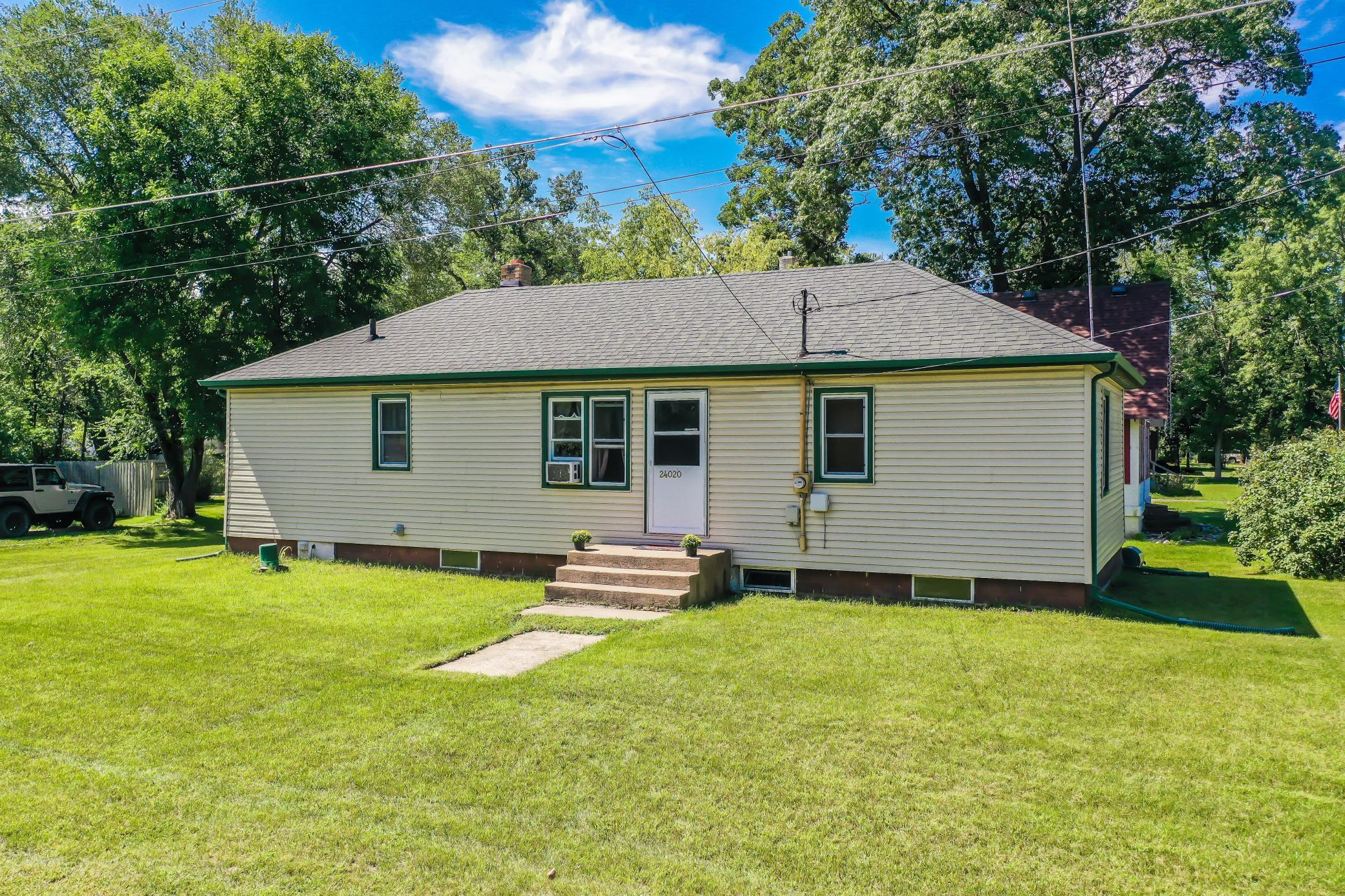 24020 Dewey Street NW Property Photo - Bethel, MN real estate listing